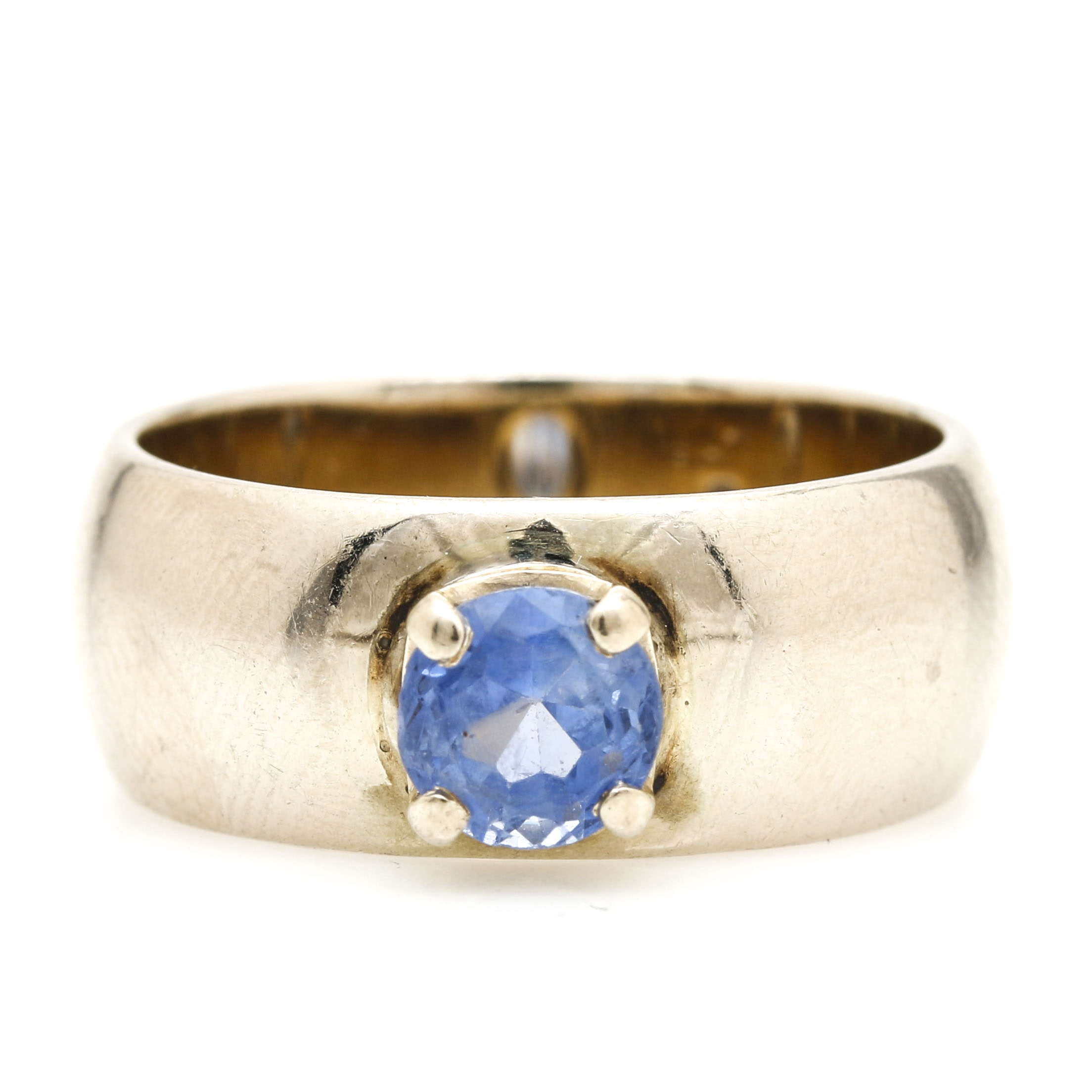 14K Yellow Gold 1.04 CTS Fancy Violet Sapphire Ring