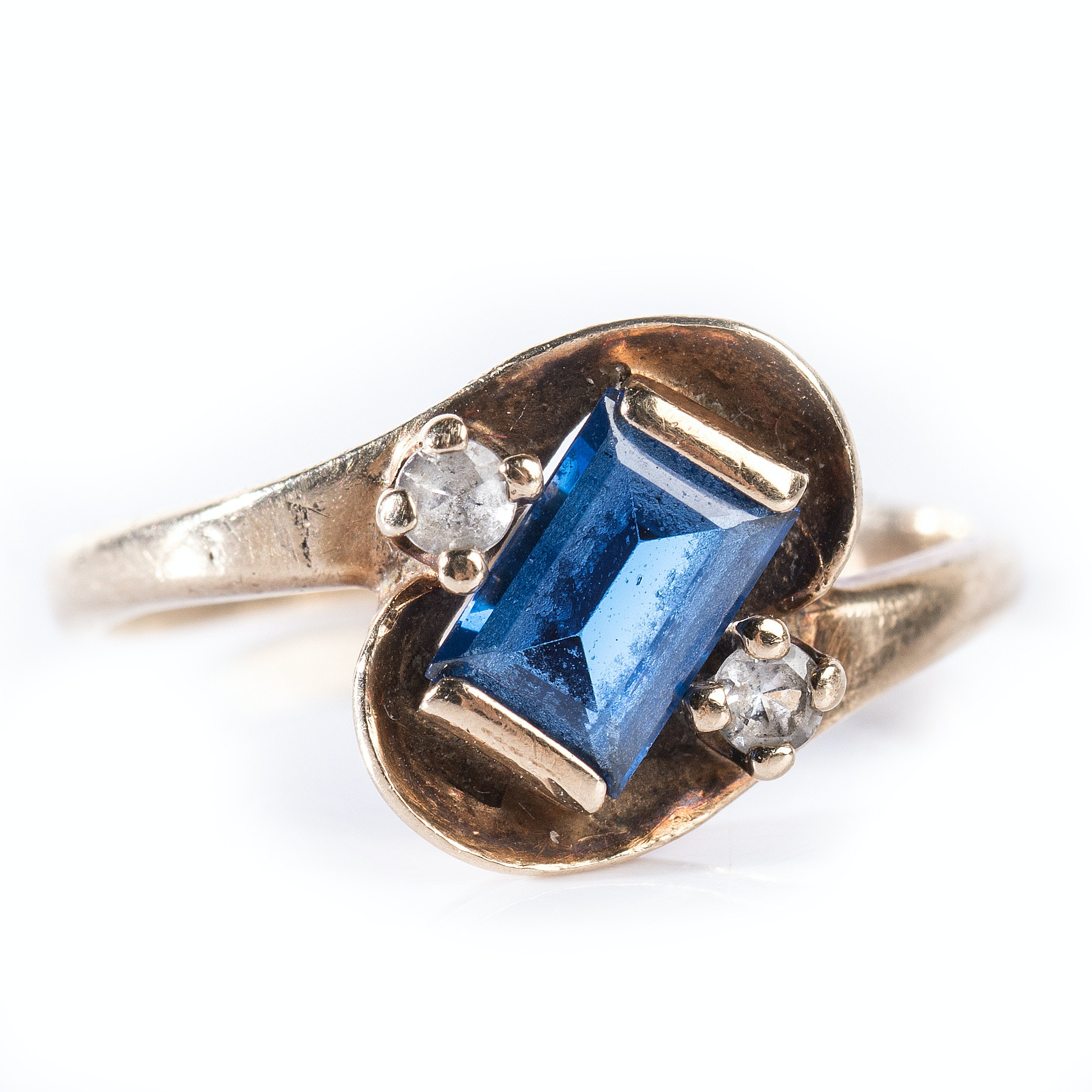 Vintage 10K Yellow Gold Simulated Blue and Clear Stone Ring