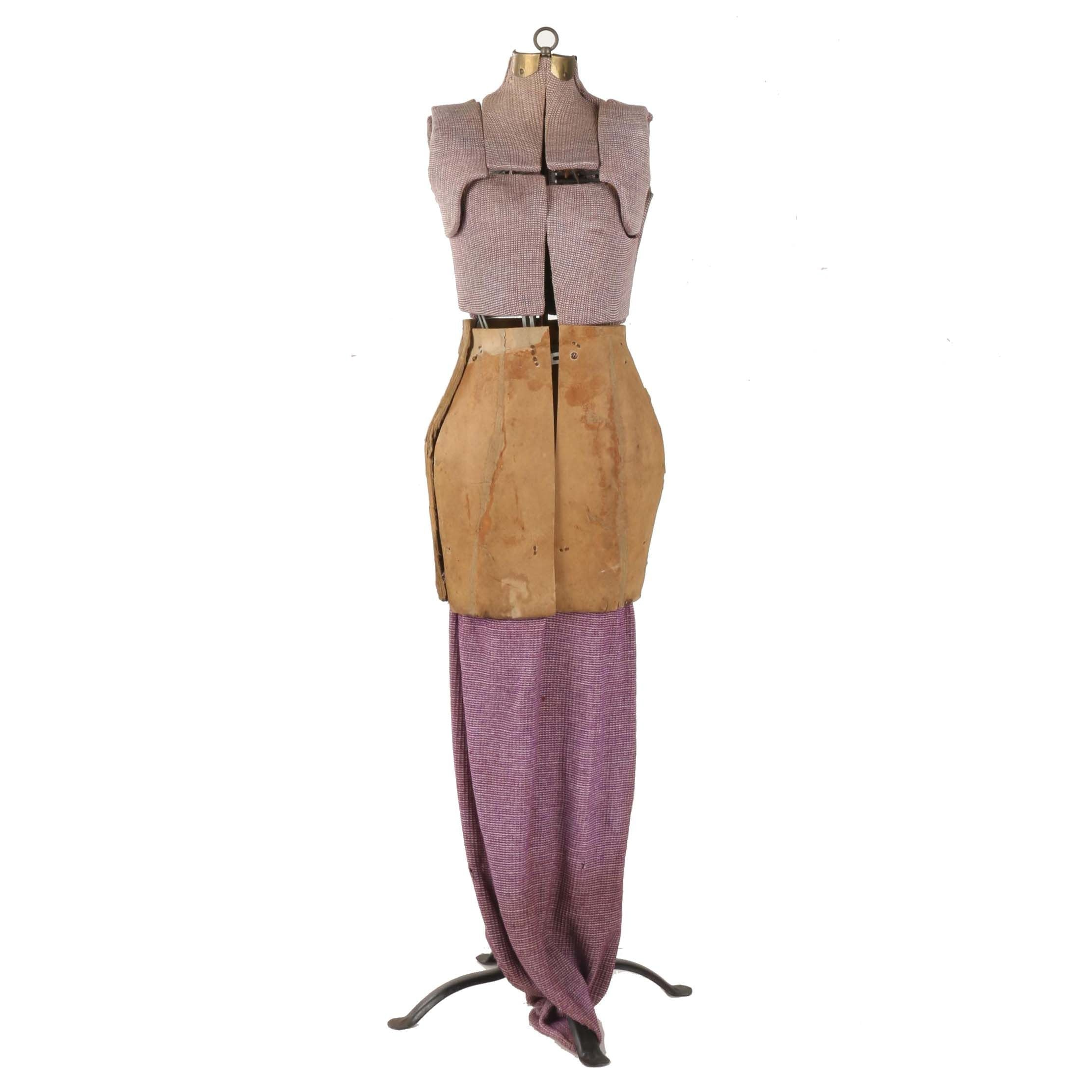 Freestanding Adjustable Dress Form