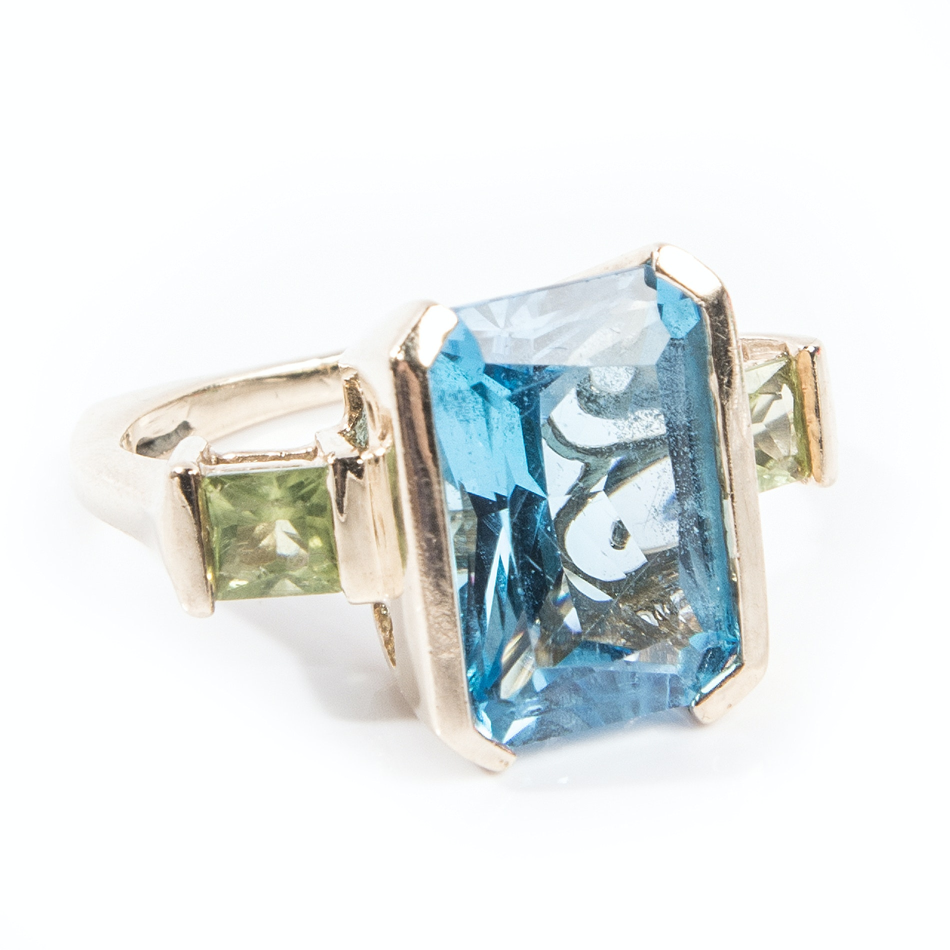 14K Yellow Gold European Style 8.05 CTS Blue Topaz and Peridot Ring