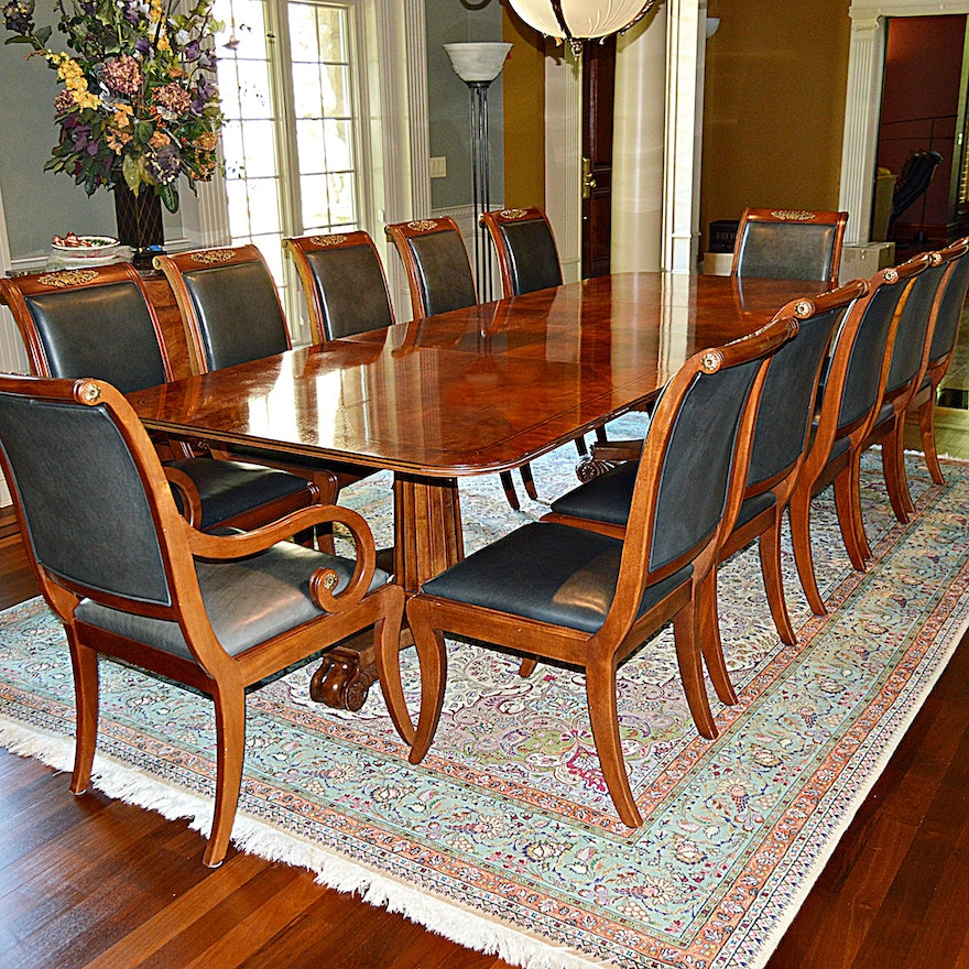 Magnificent Henredon Regency Style Dining Table And Twelve