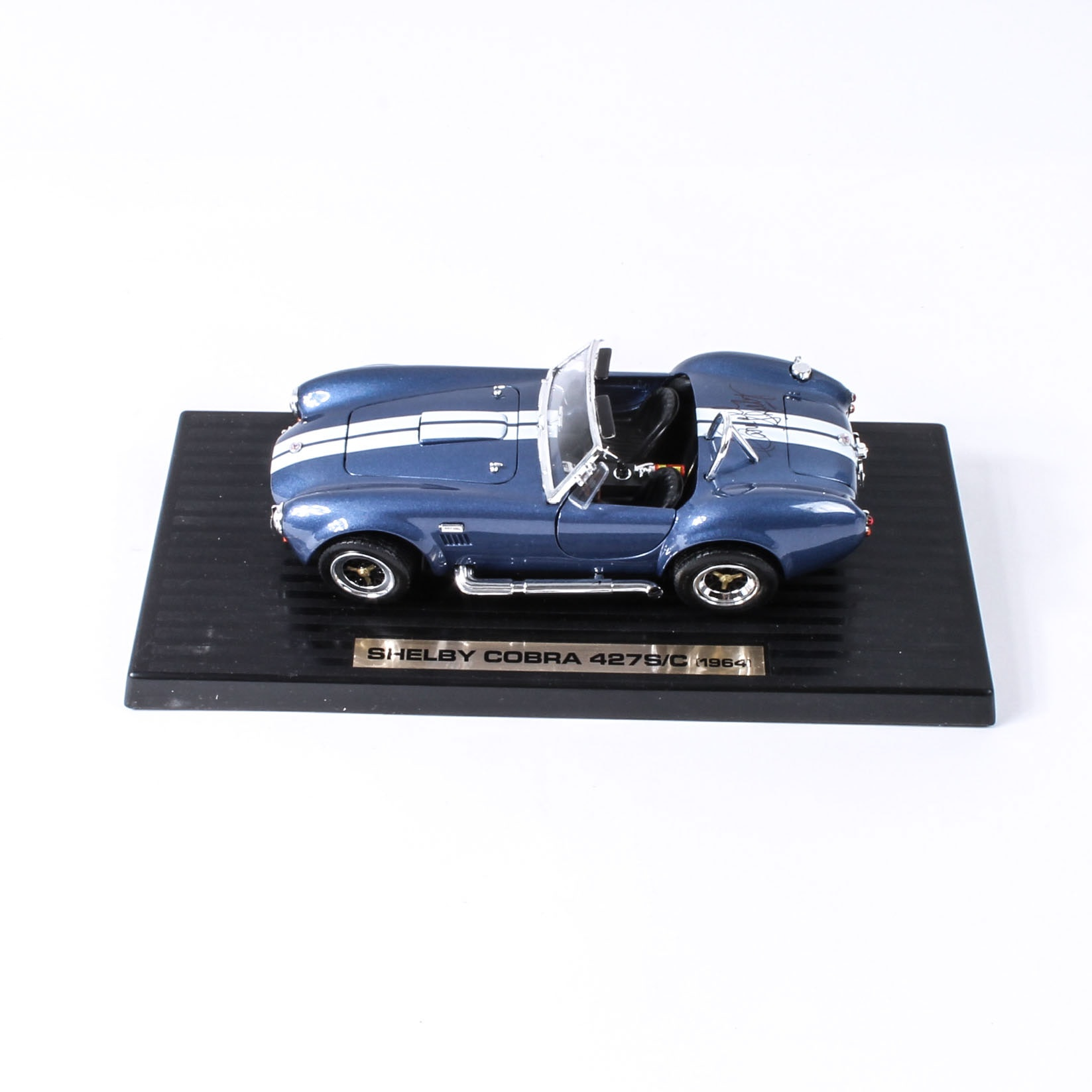 Carroll Shelby Autographed 1:18 Scale Model Shelby Cobra