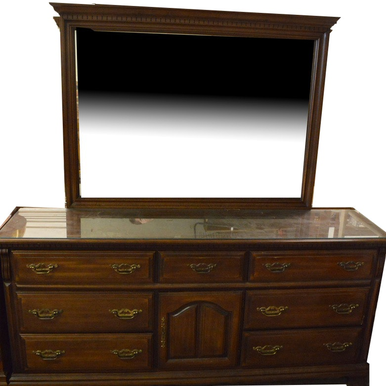 Vintage Sumter Cabinet Co. Dresser With Mirror