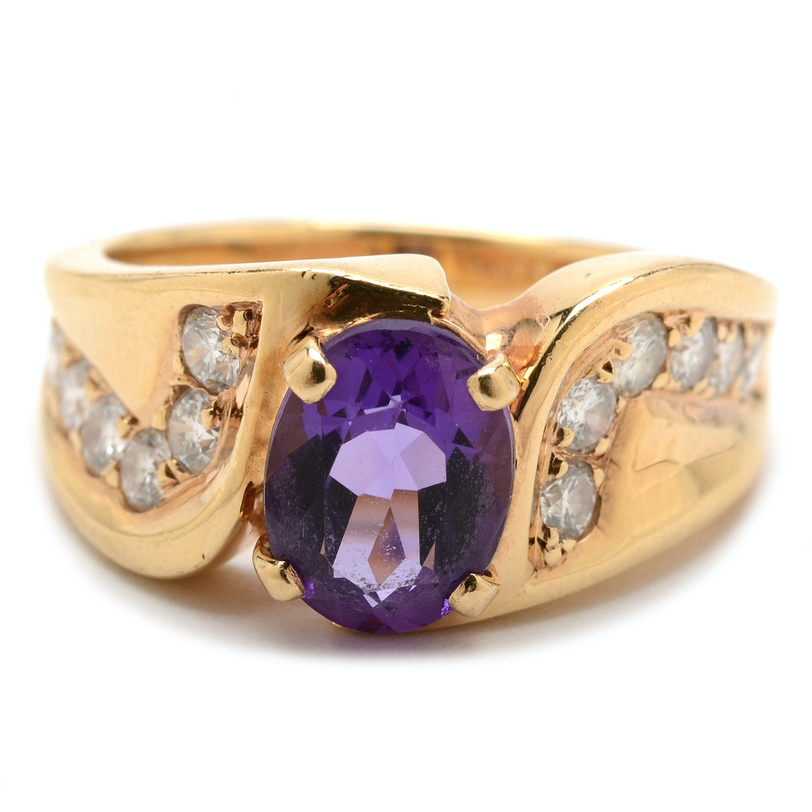 14K Yellow Gold Amethyst Diamond Fashion Ring