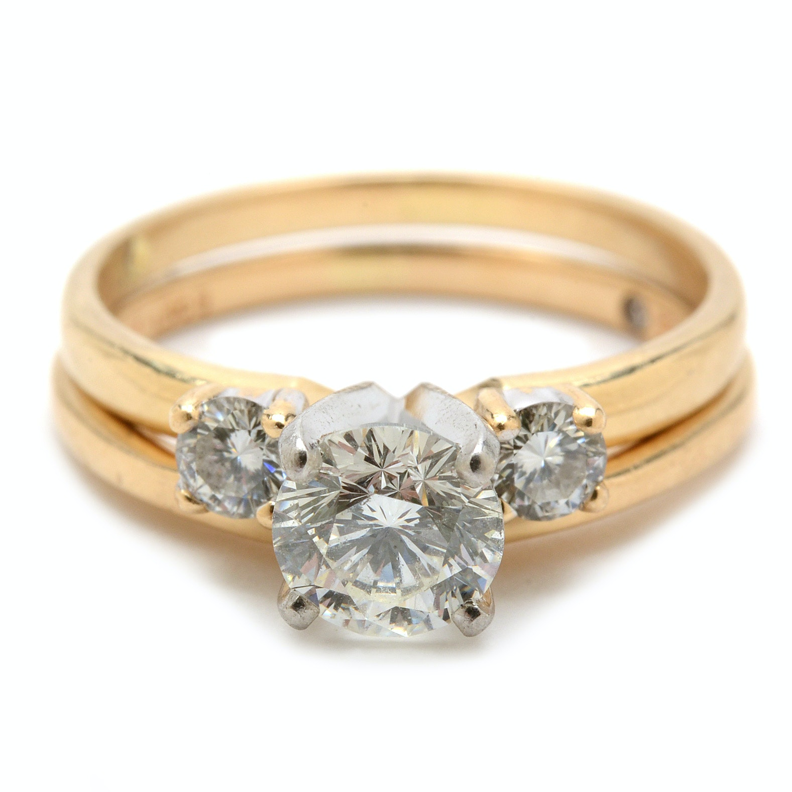 "14K Yellow Gold Diamond Bridal Ring Set with ""The LEO"" ® Diamond"