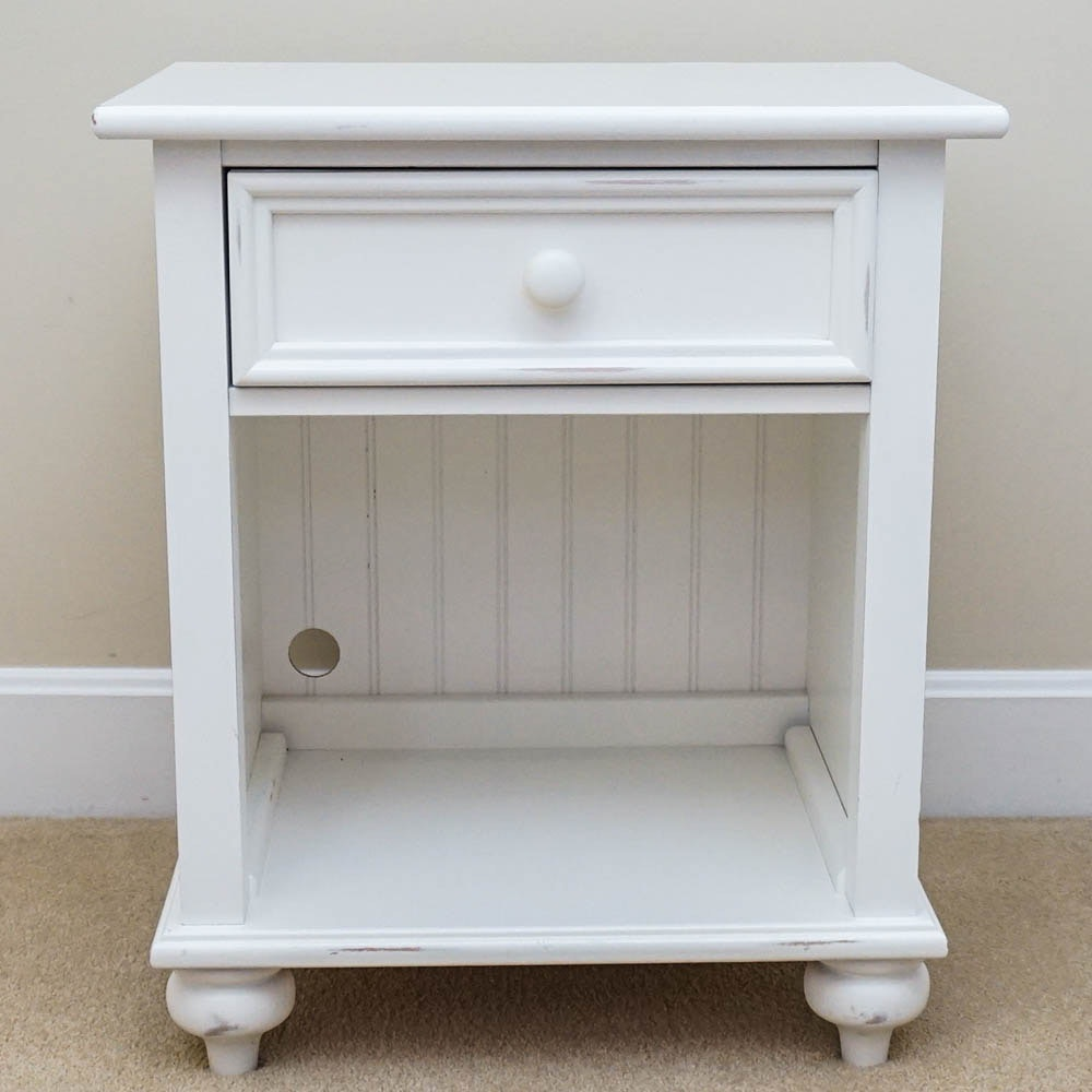 White Nightstand by Stanley Furniture EBTH