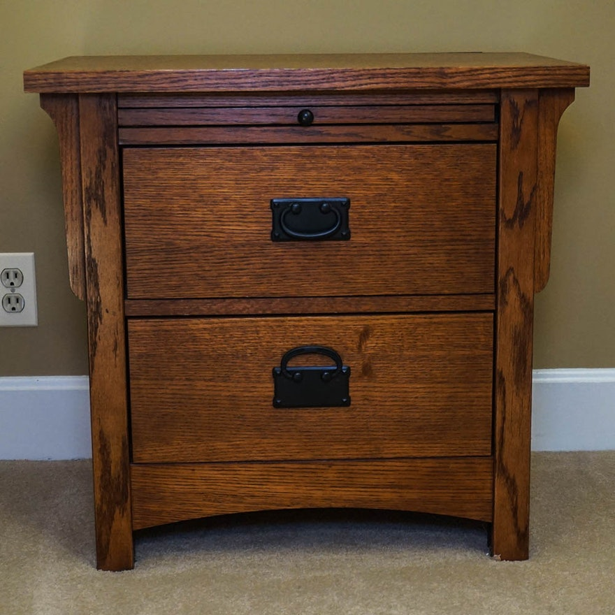Oak Mission Style Nightstand