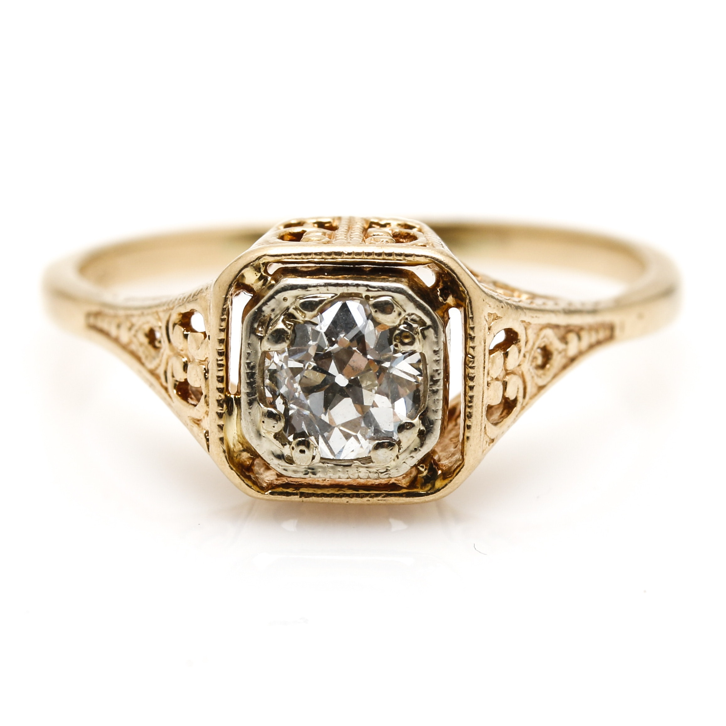 14K Yellow Gold Vintage Style Diamond Ring