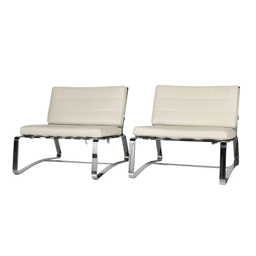 """Pair of Italian """"Delaunay"""" White Leather Lounge Chairs by Minotti"""