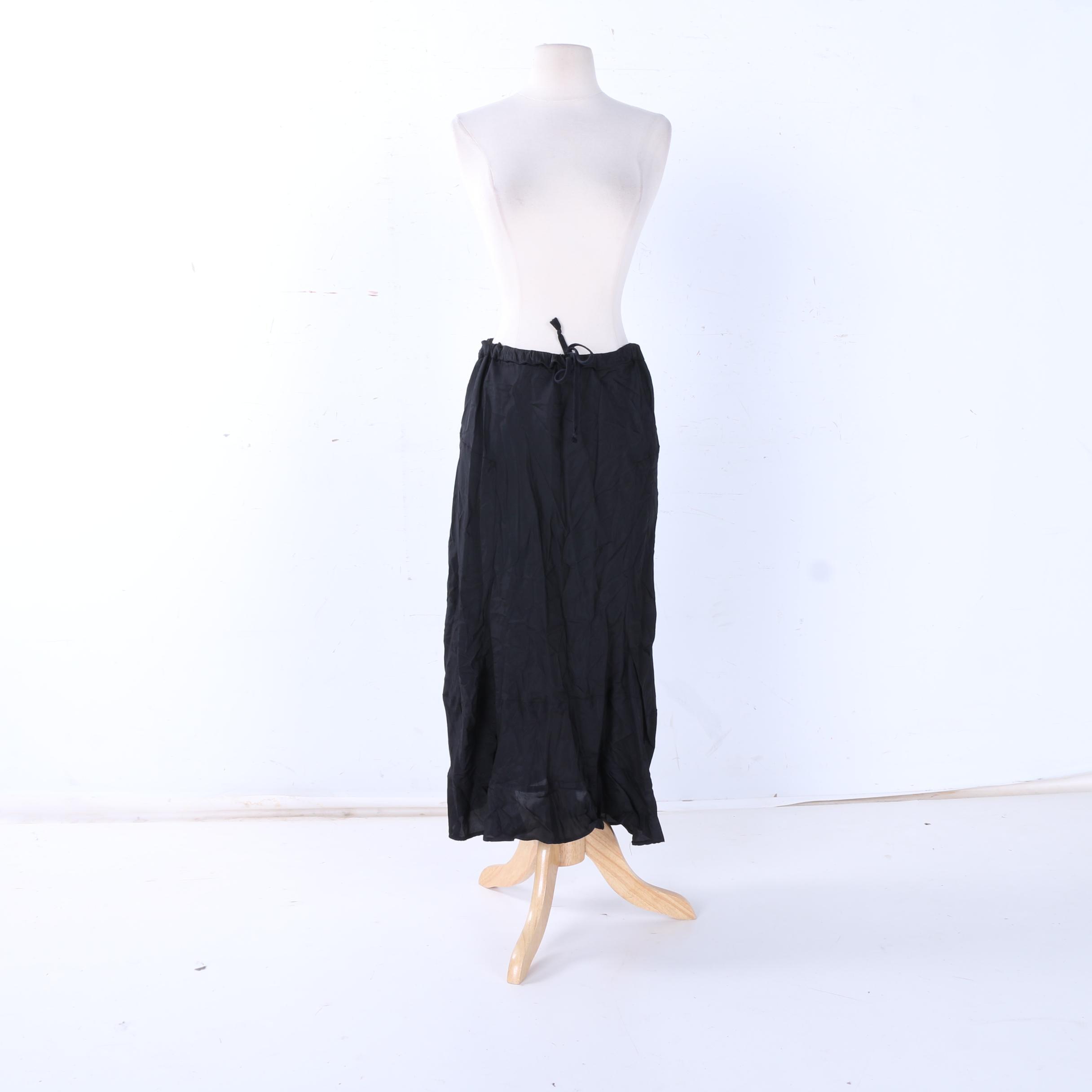 Black Loose Tie Comme des Garçons Skirt