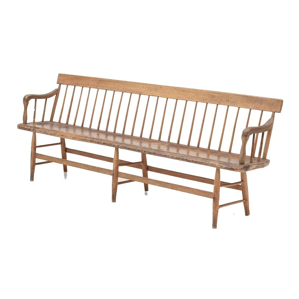 Antique Windsor Style Deacon's Bench : EBTH