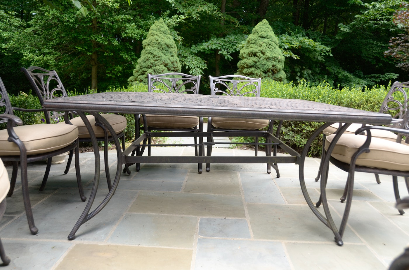 Lovely modern metal patio table patio design 385 for Metal patio table