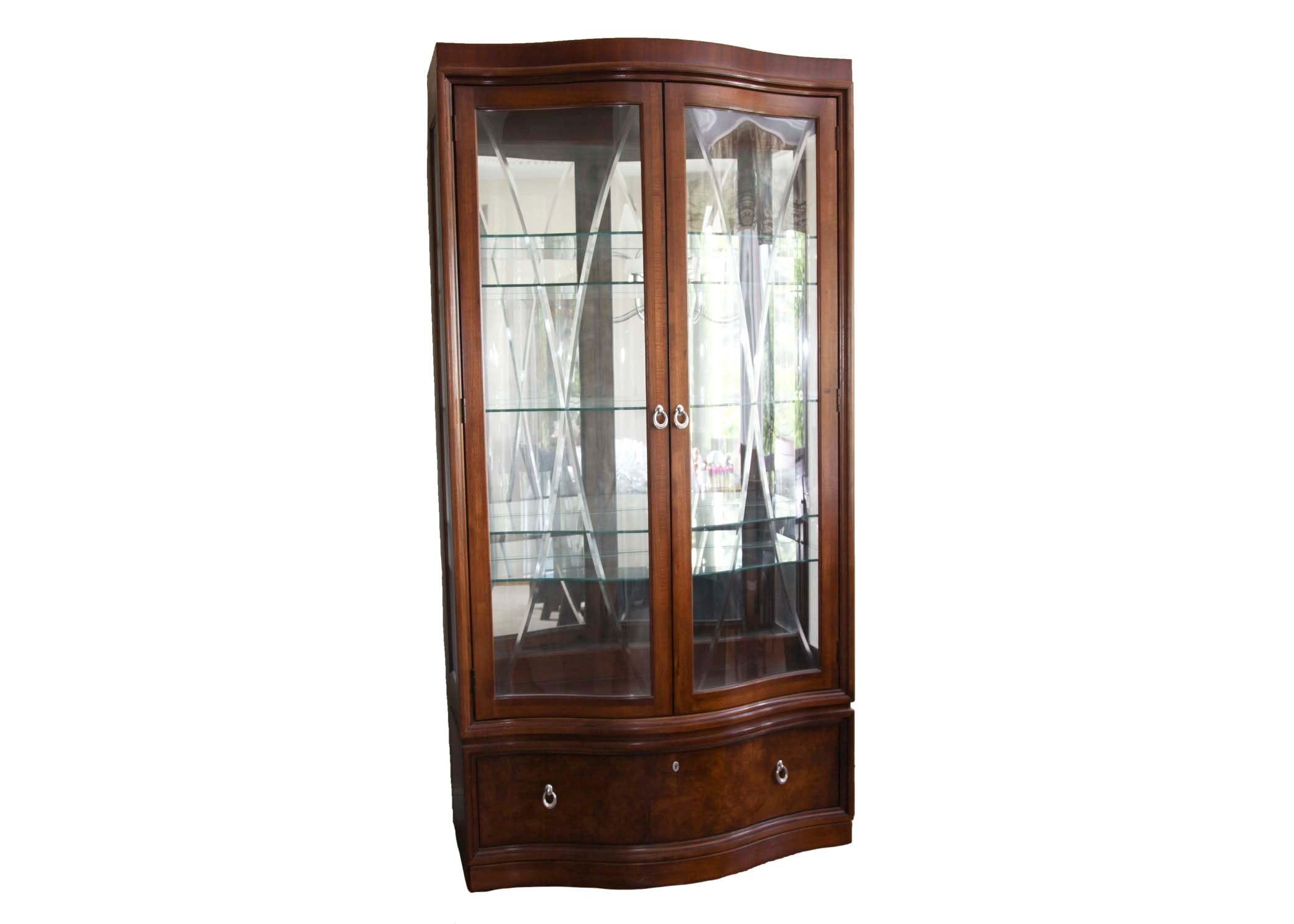 thomasville curio cabinet : ebth