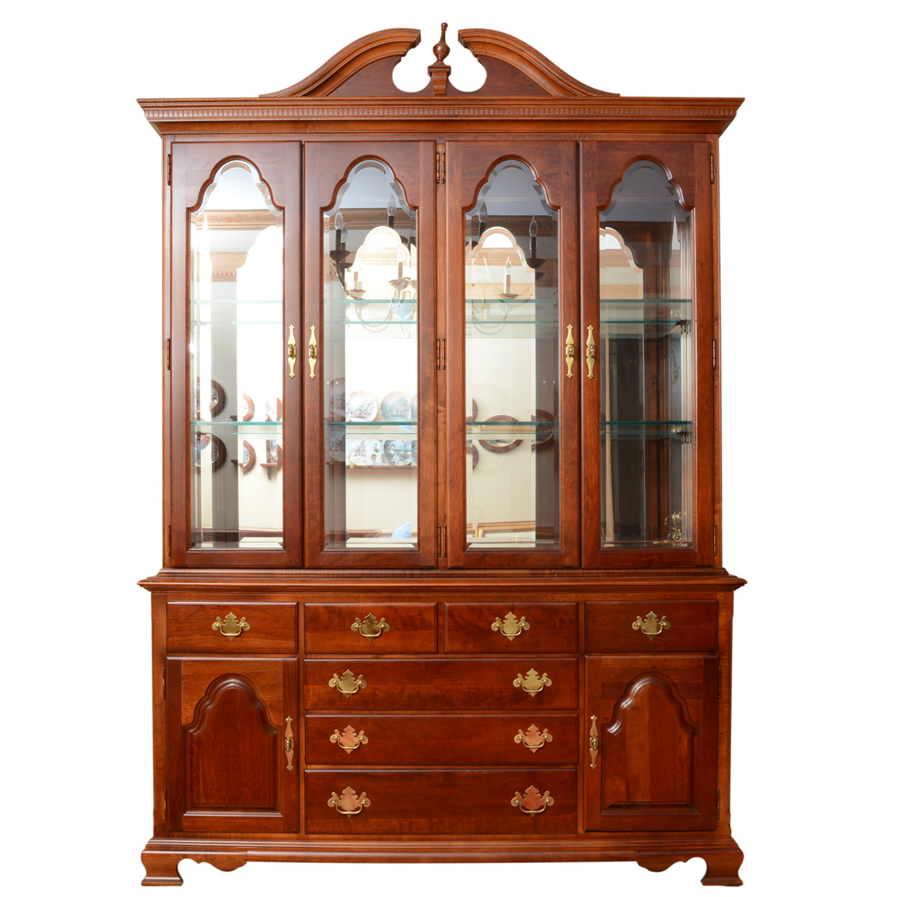 American Craftsman Collection by Stanley China Cabinet : EBTH