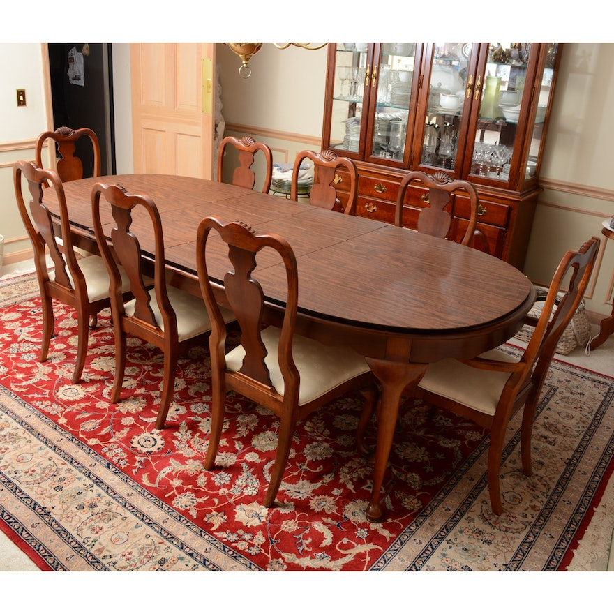 Queen Anne Style Cherry Dining Table And Chairs