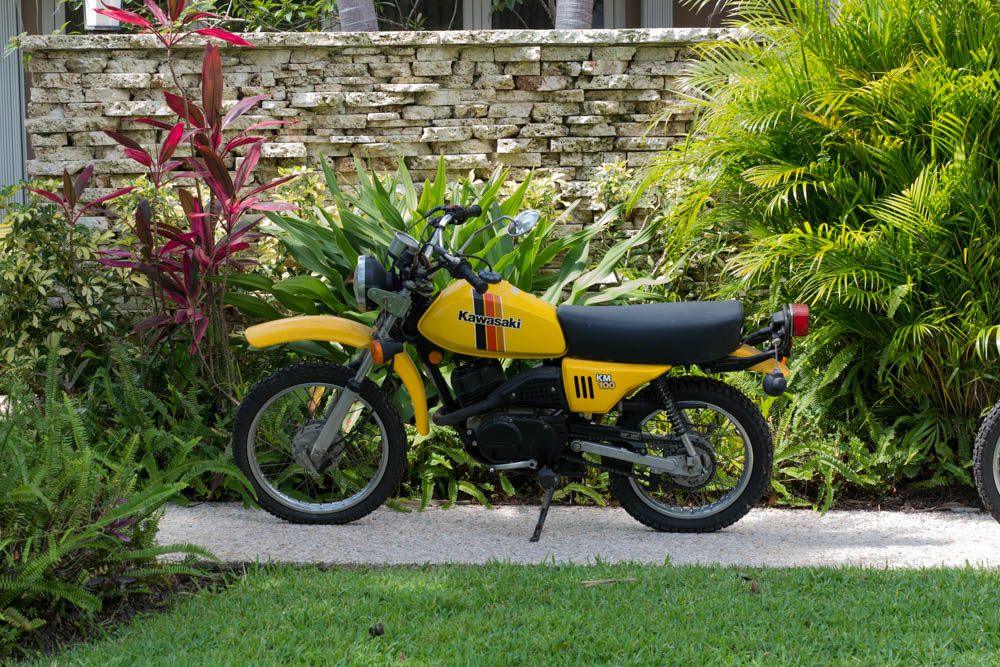 Kawasaki Km 100 Yellow Motorcycle   Ebth