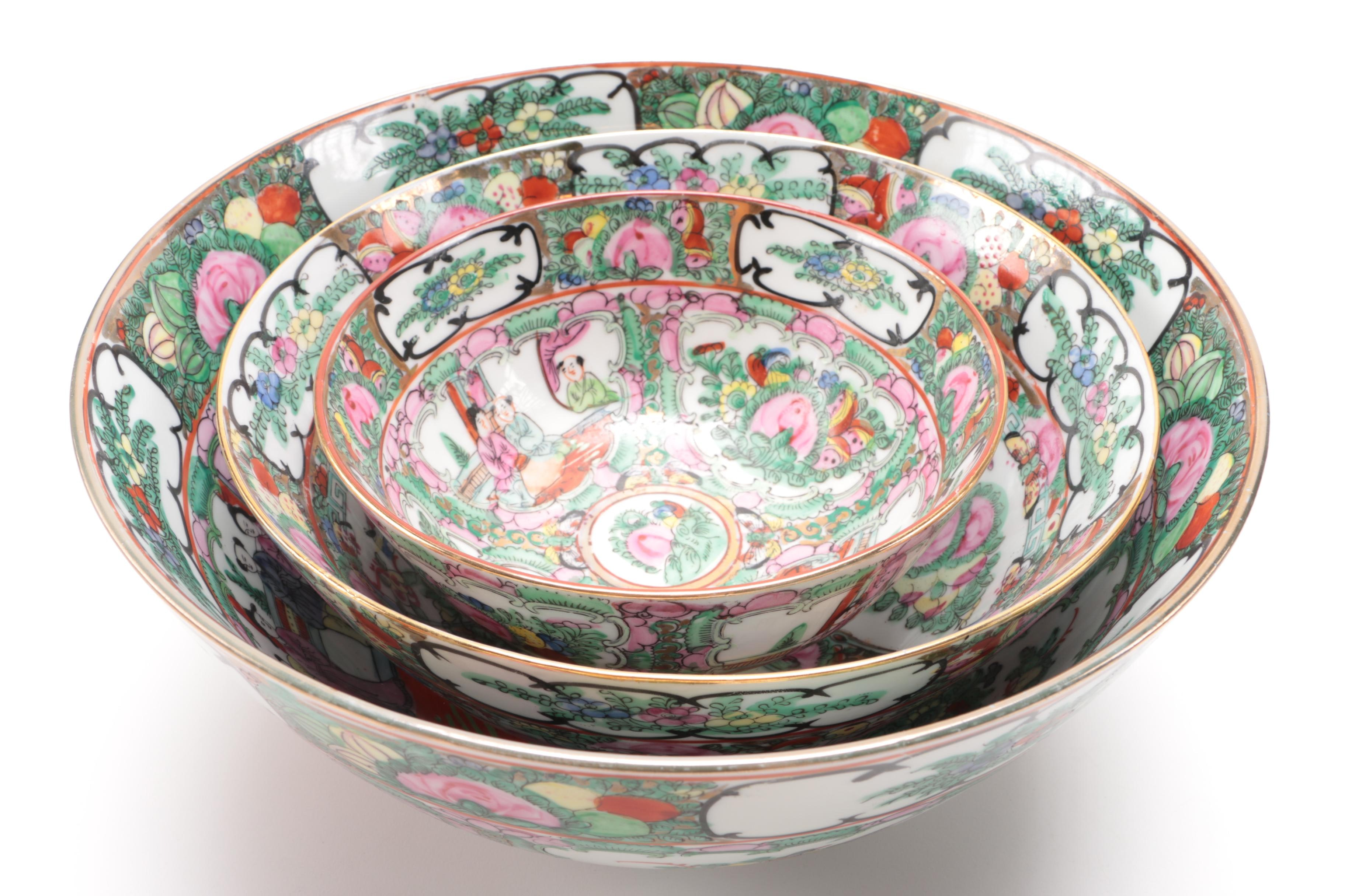 Hand-Painted Chinese Rose Medallion Nesting Porcelain Bowls