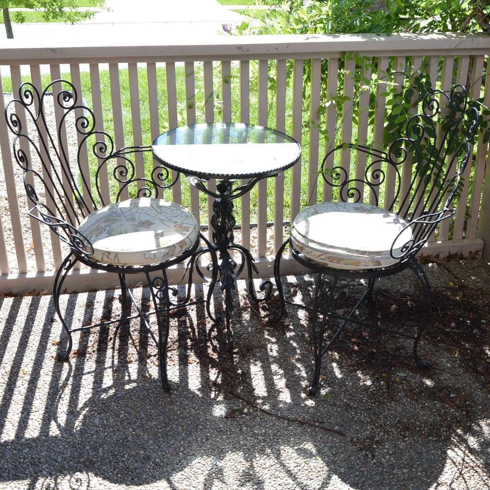 Outdoor Scrolled Metal Bistro Table and Chairs