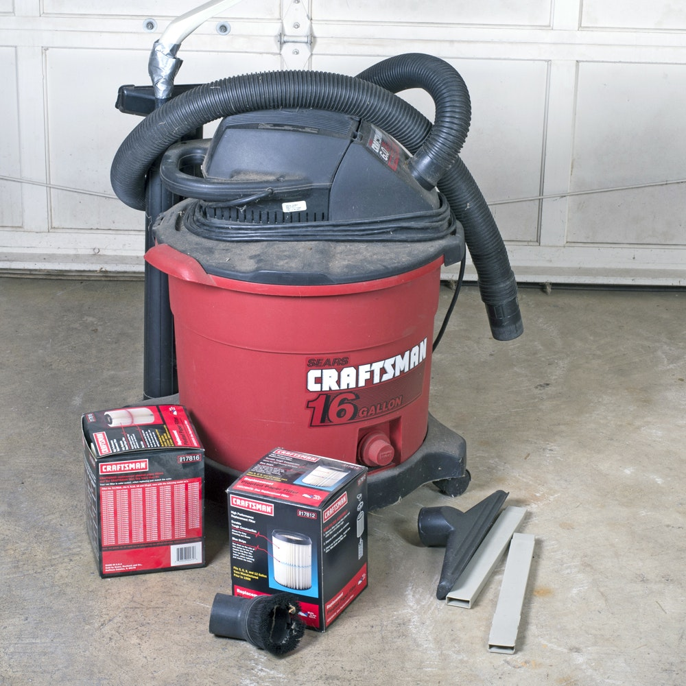 Craftsman Sixteen Gallon Wet and Dry Vacuum Cleaner