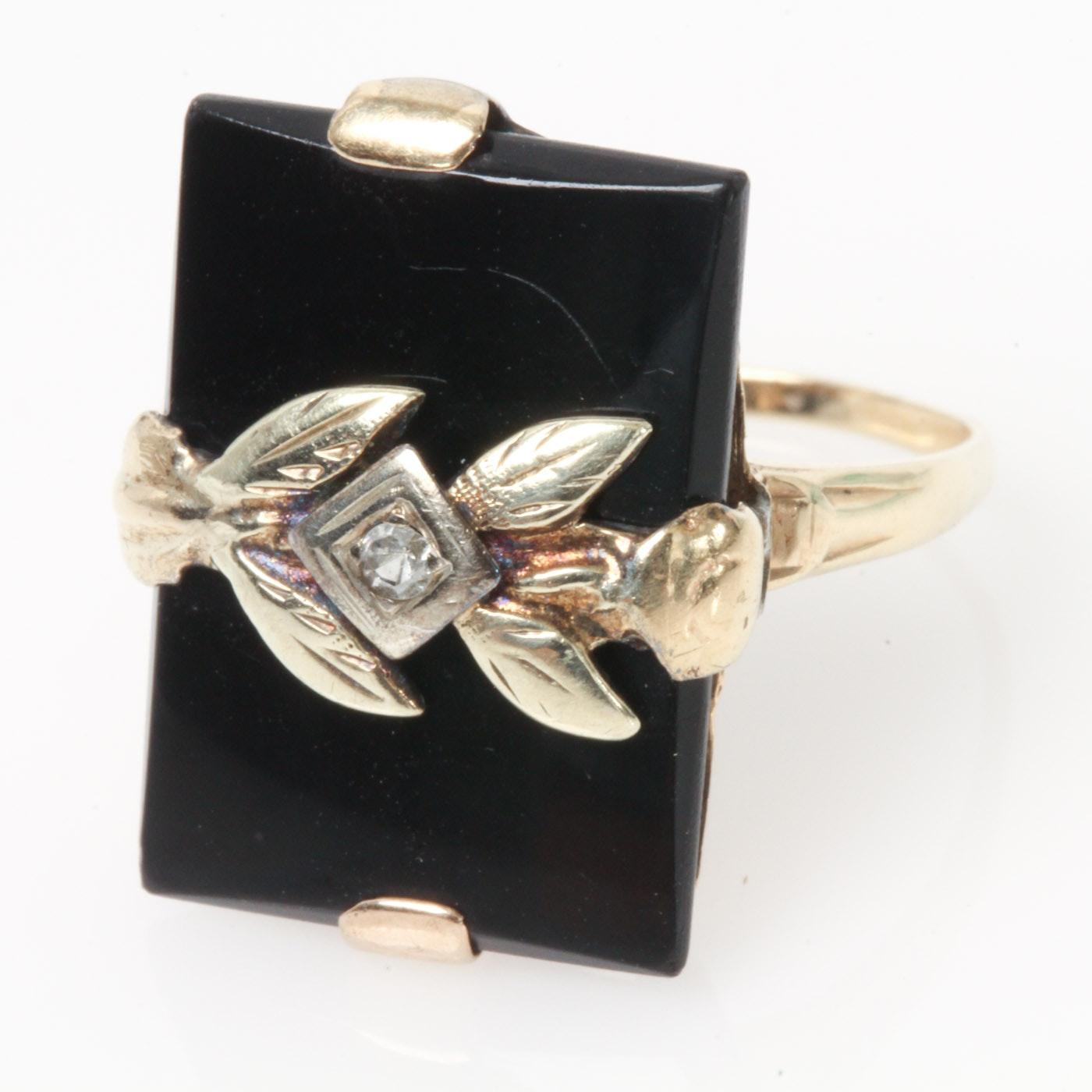 Vintage 10K Yellow Gold, Onyx, and Diamond Leaf Embellished Ring
