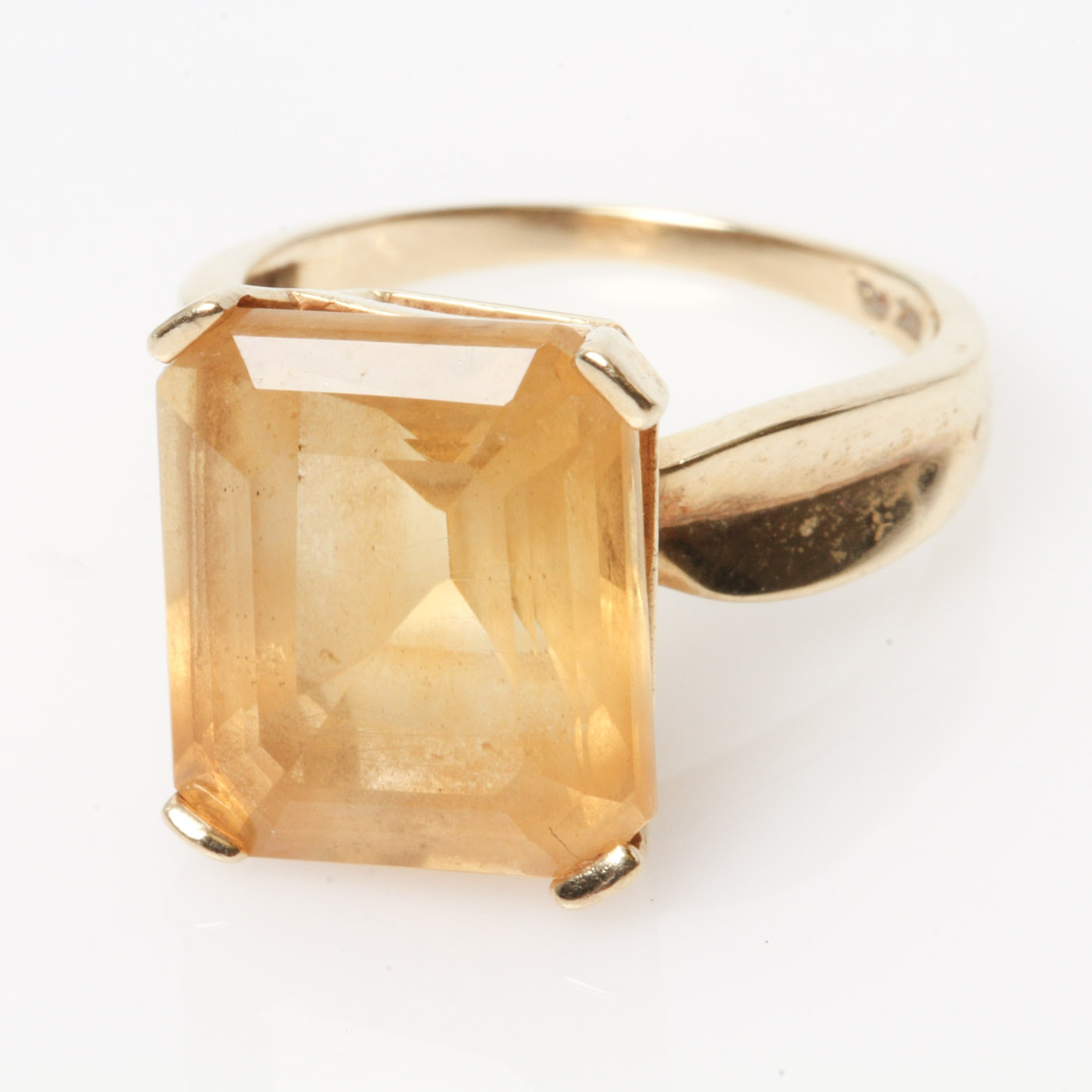 10K Yellow Gold and 9.60 CTS Citrine Cocktail Ring