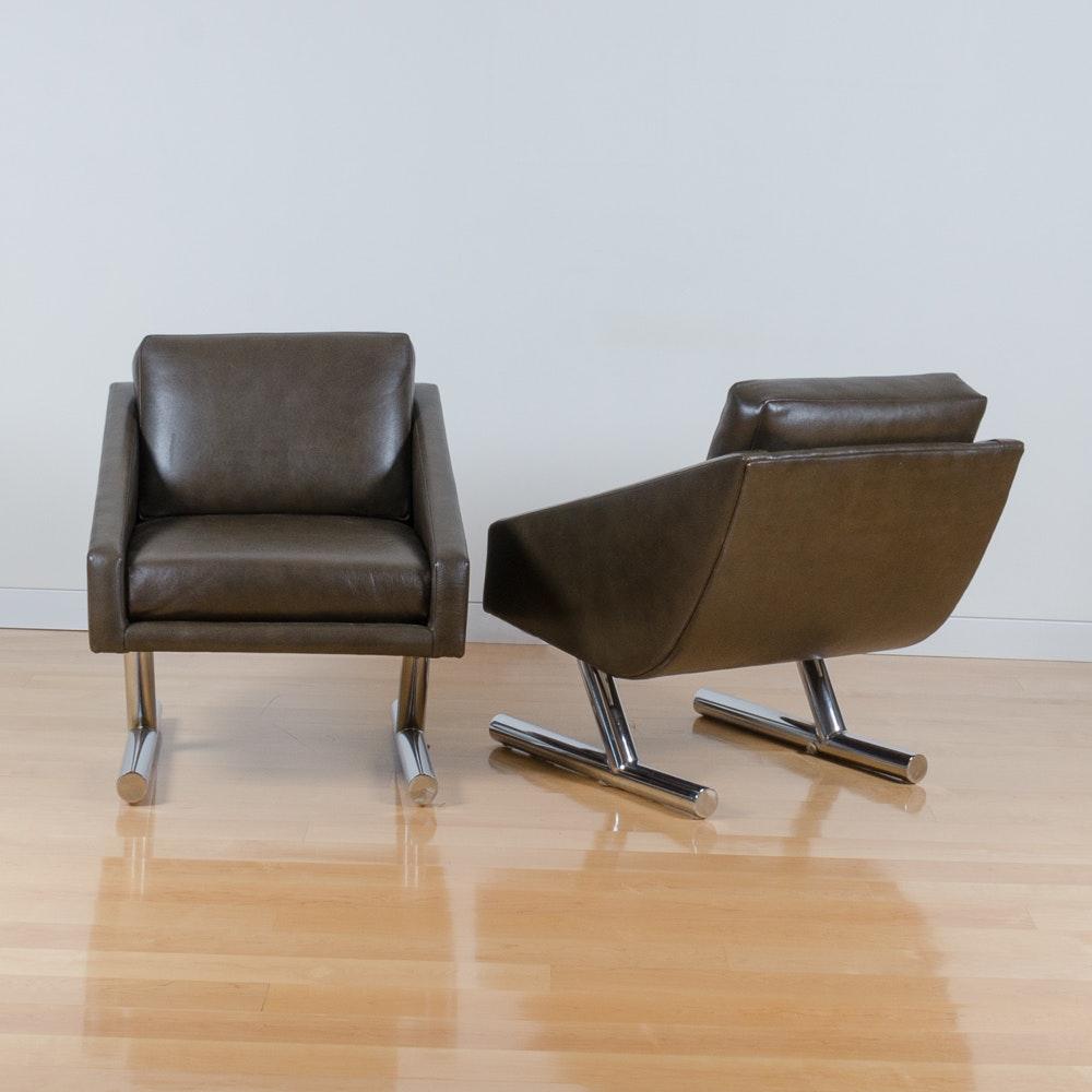 Modern Style Club Chairs