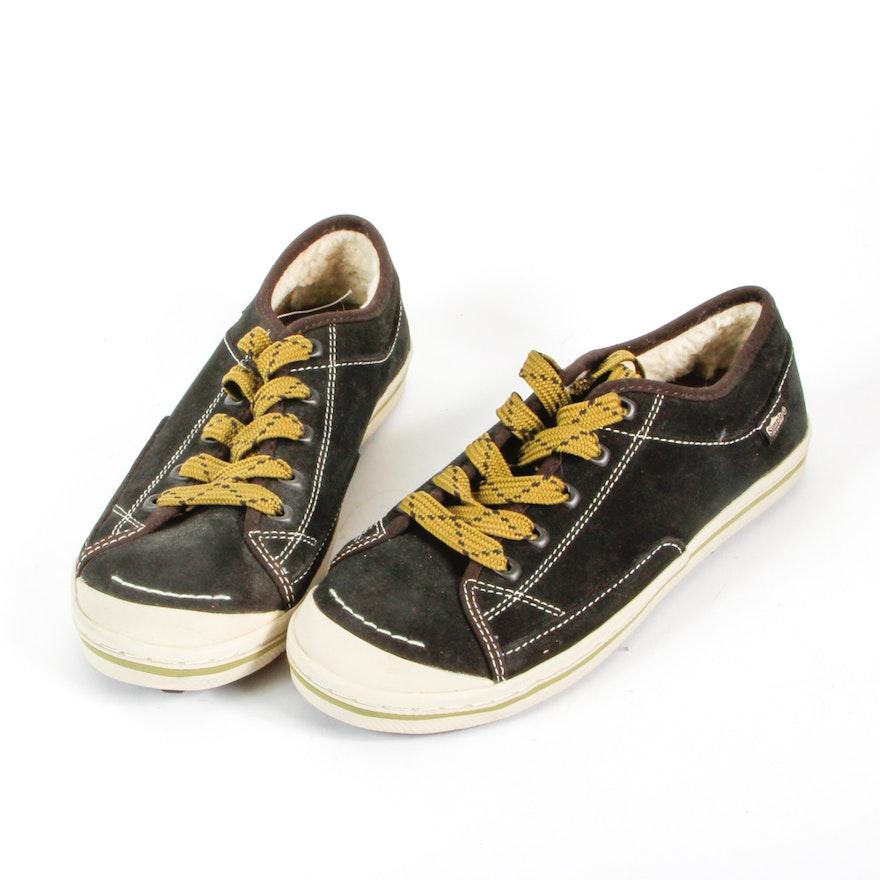Women s Simple Sneakers   EBTH 96fc4d1f3