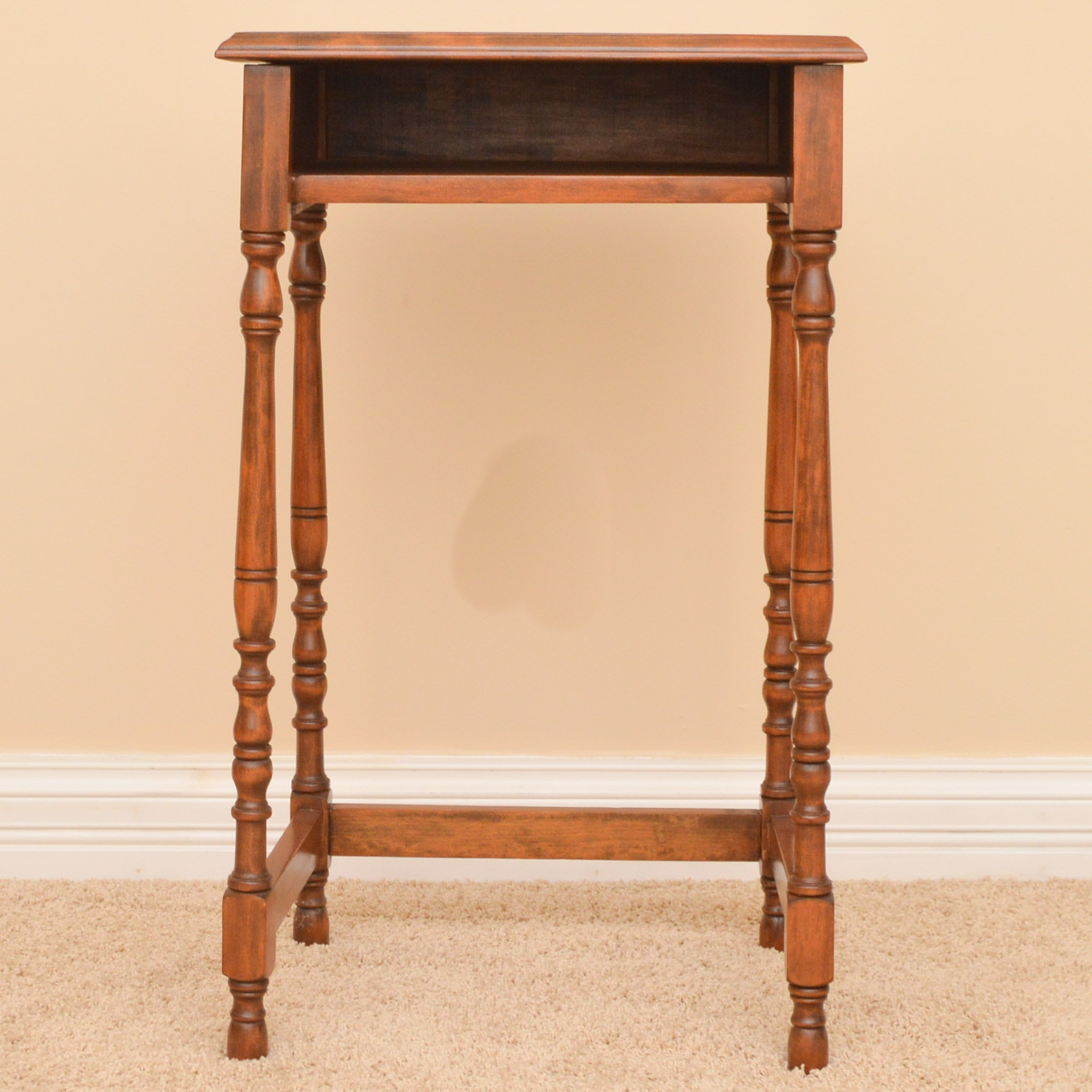 Vintage Accent Table with Shelf