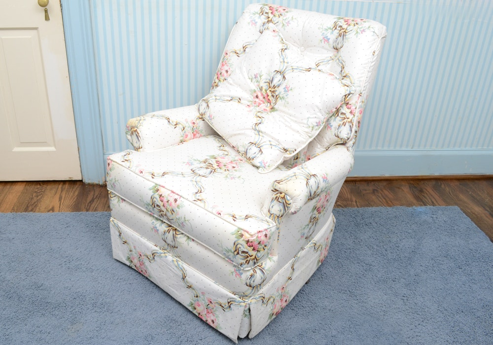 Vintage Floral Upholstered Lounge Chair