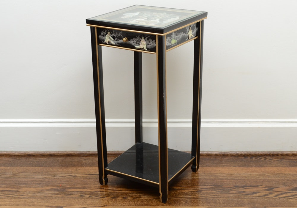 Chinoiserie Black Lacquered Accent Table with Narrative Scenes
