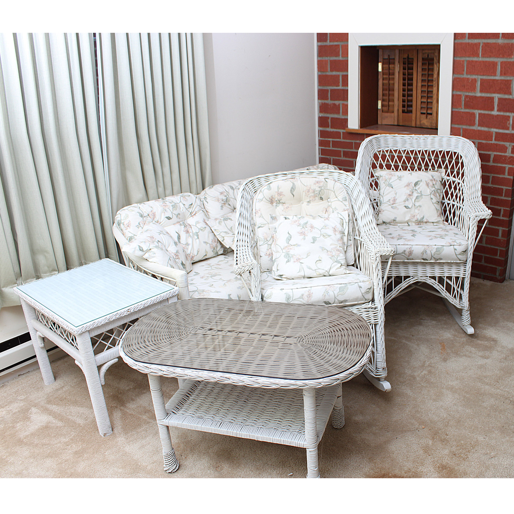Patio Furniture Auction Outdoor and Garden Decor Auctions in