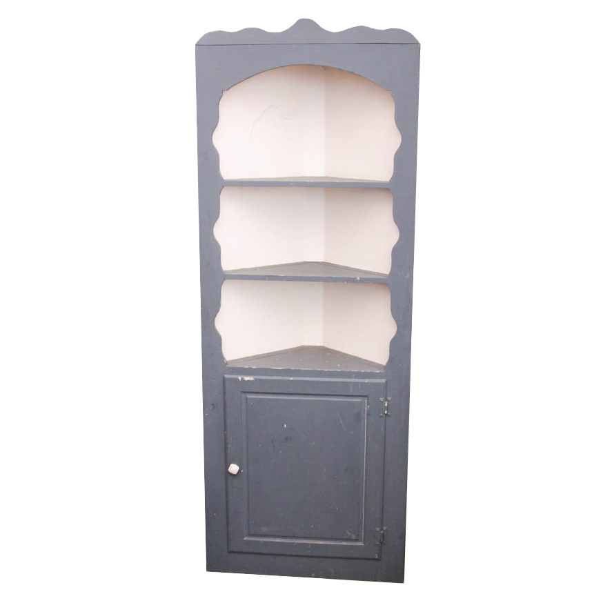 S.J. Bailey & Sons Mastercraft Painted Corner Cabinet : EBTH