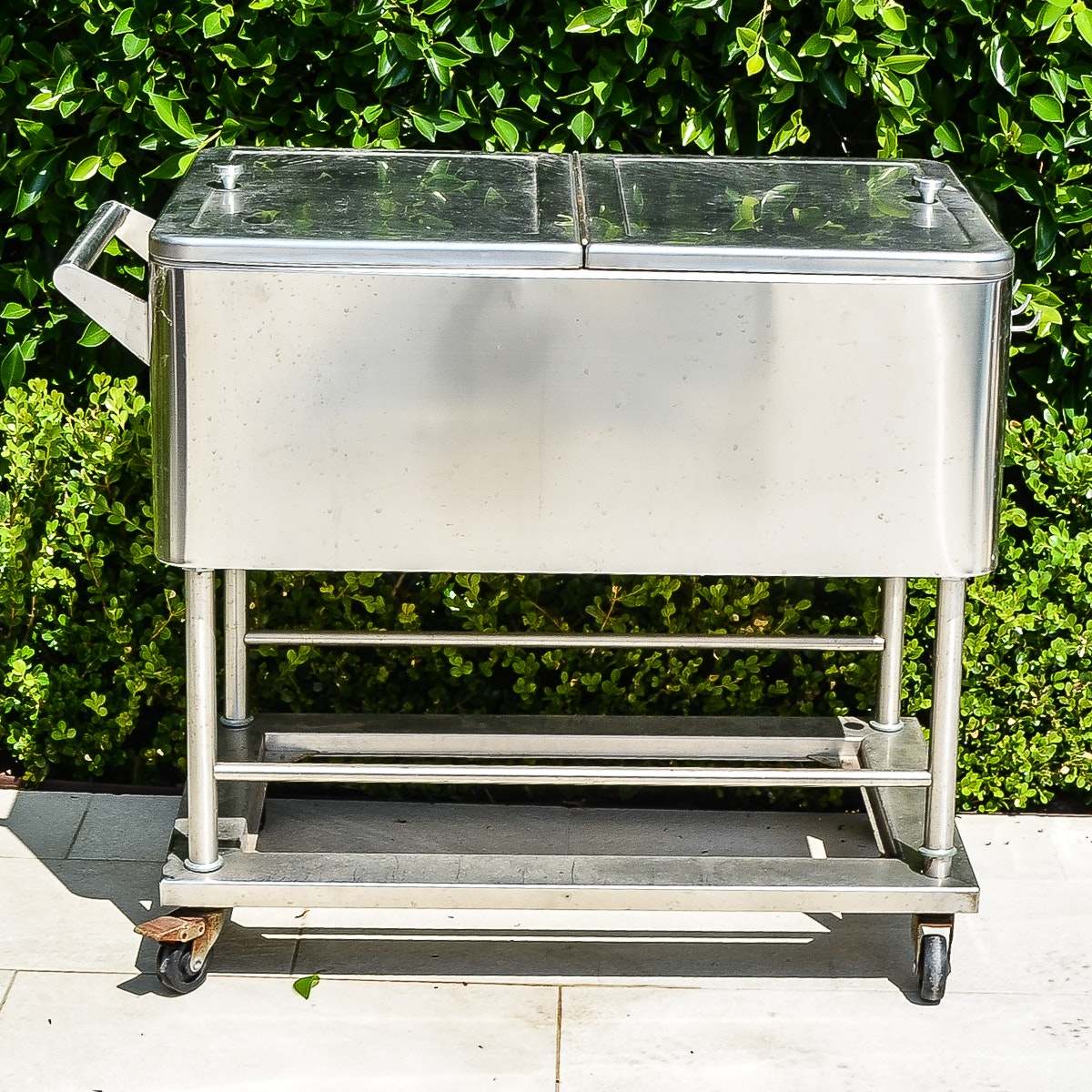 Rolling Patio Ice Chest