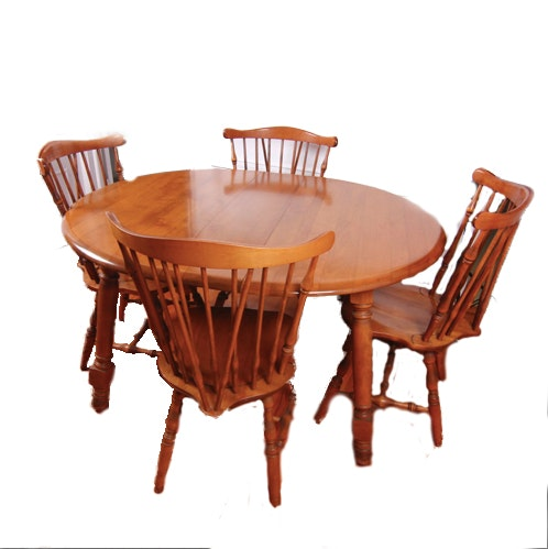 Vintage Watertown Slide Polished Oak Dining Table with Chairs
