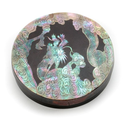 Antique Lacquered Chinese Snuff Box with a Dragon at the Lid