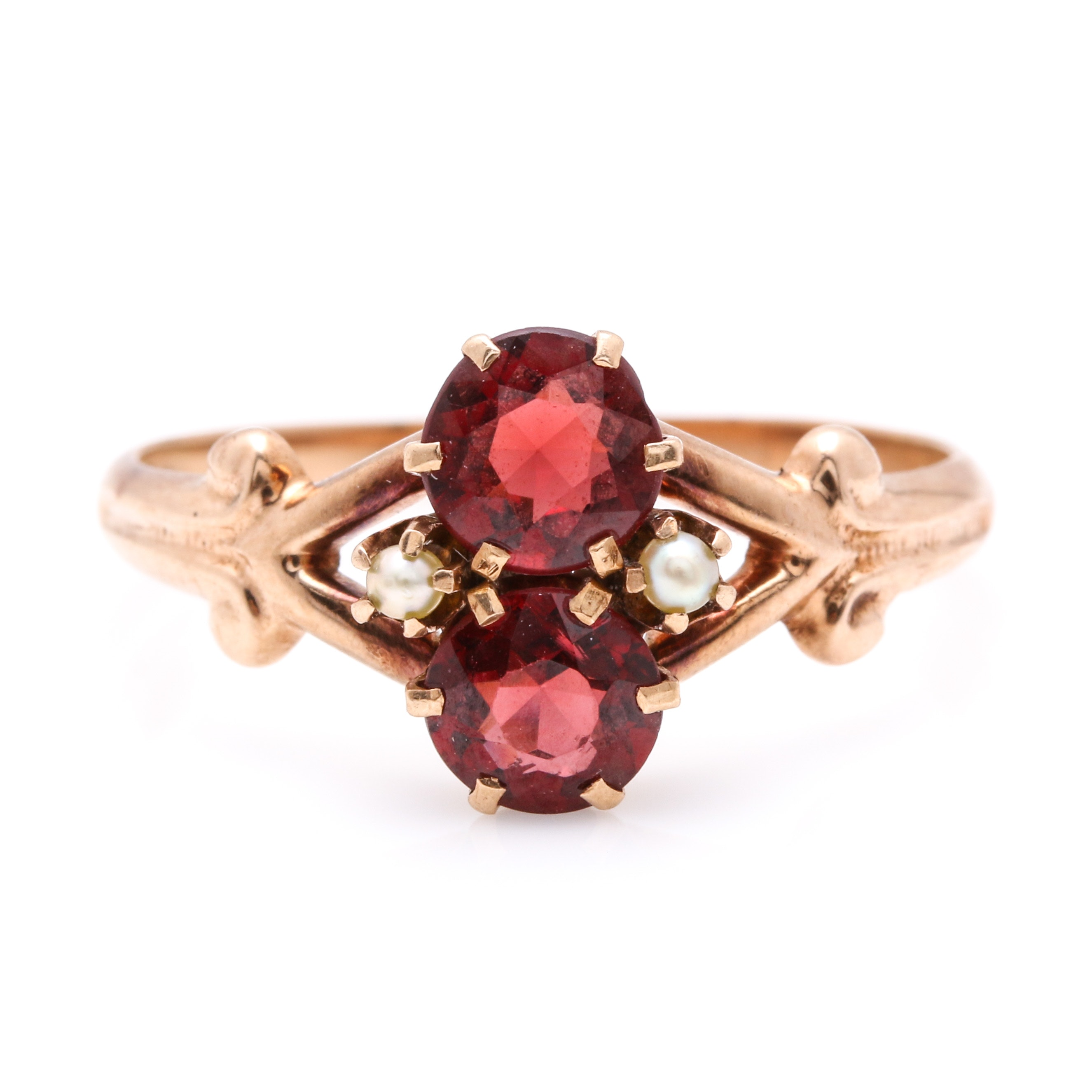 Vintage 10K Yellow Gold Garnet and Cultured Seed Pearl Ring