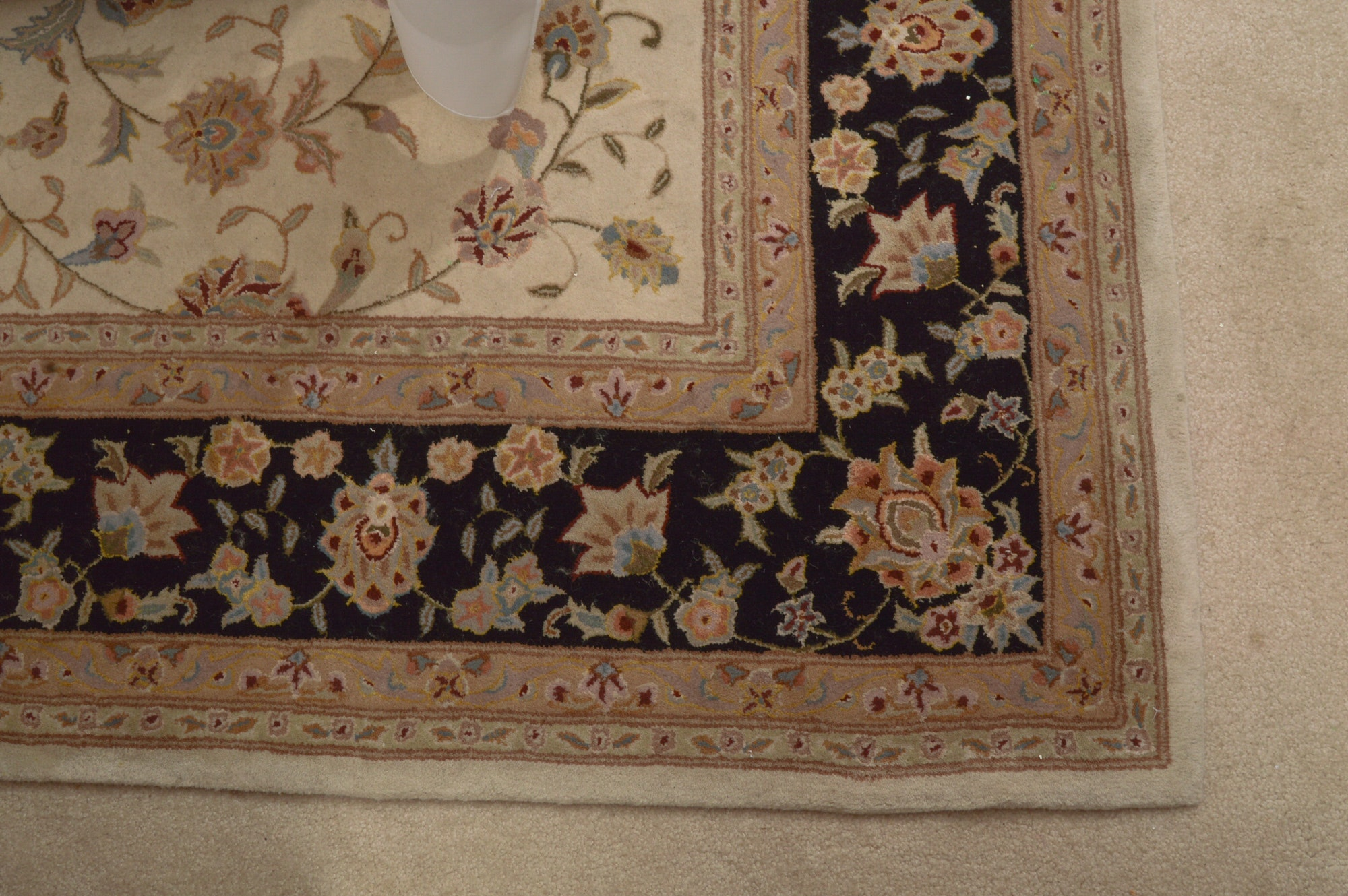 Hand-Tufted Persian Style Rug