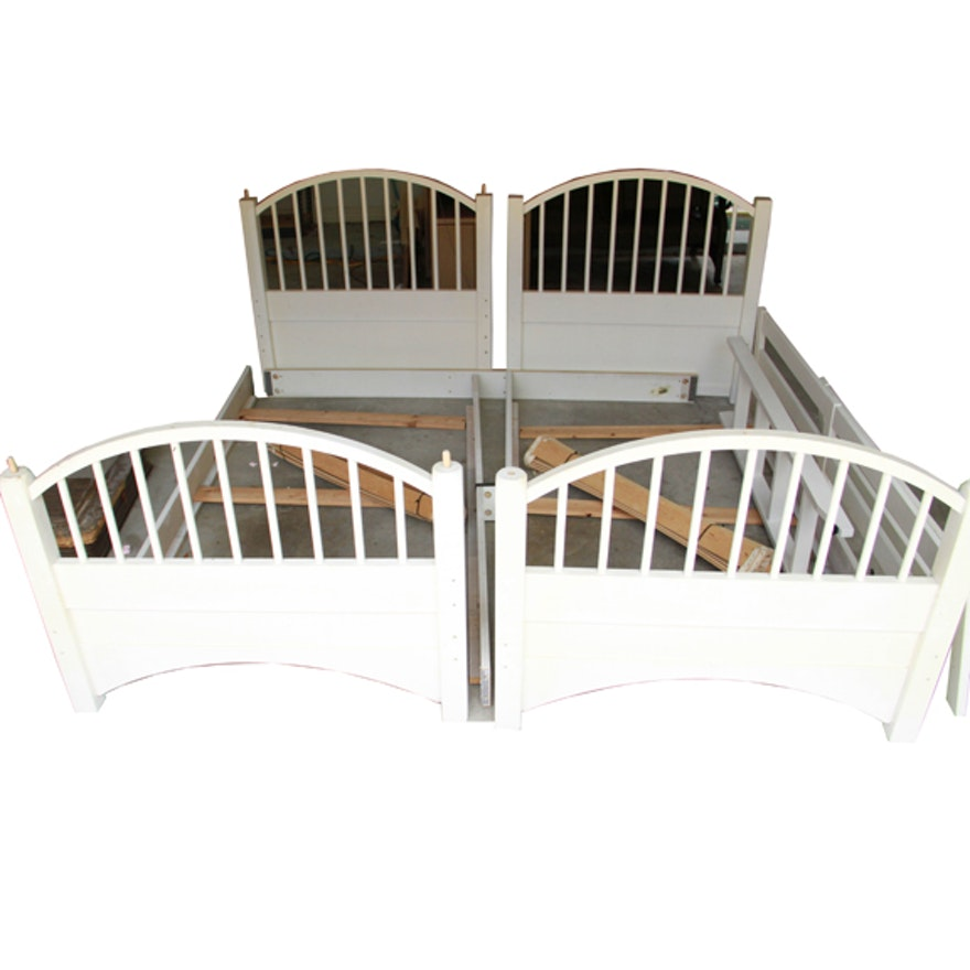 White Twin Size Bunk Beds By Stanley Furniture Company Ebth