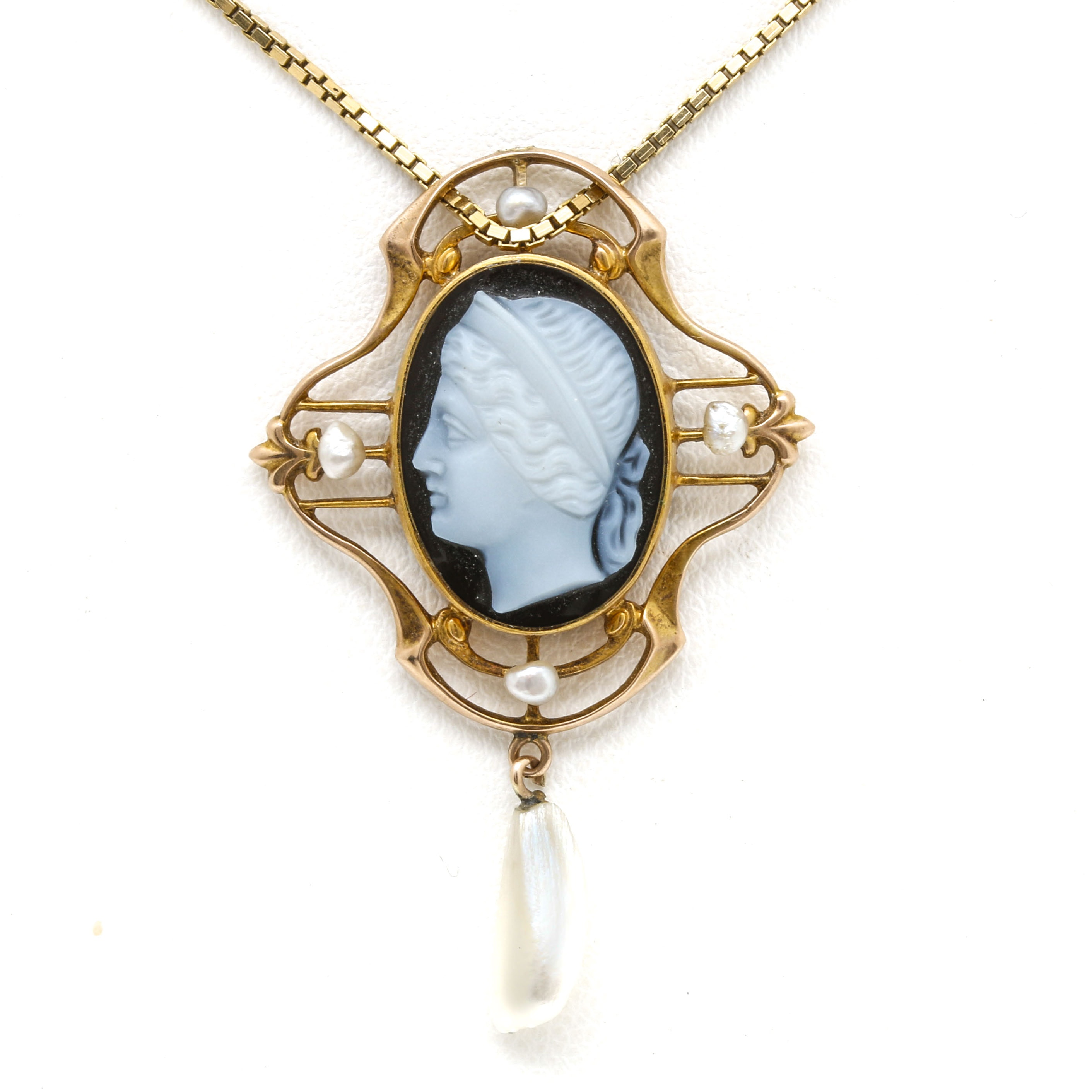 10K and 14K Yellow Gold Onyx Cameo and Pearl Pendant Necklace