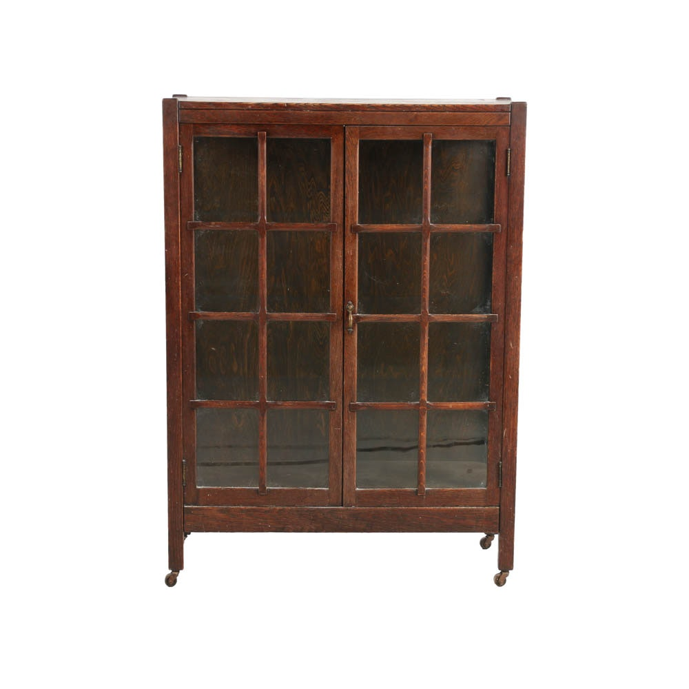 Early 20th Century Arts & Crafts Oak Bookcase by Henshaw's of Cincinnati