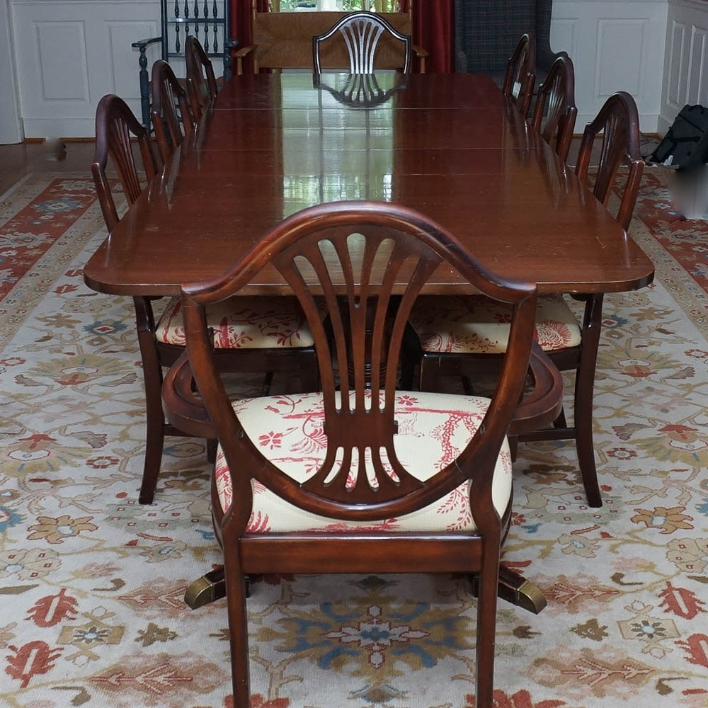 Vintage Duncan Phyfe Style Dining Table and Chairs