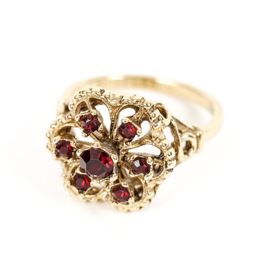 18K Gold and Garnet Ring