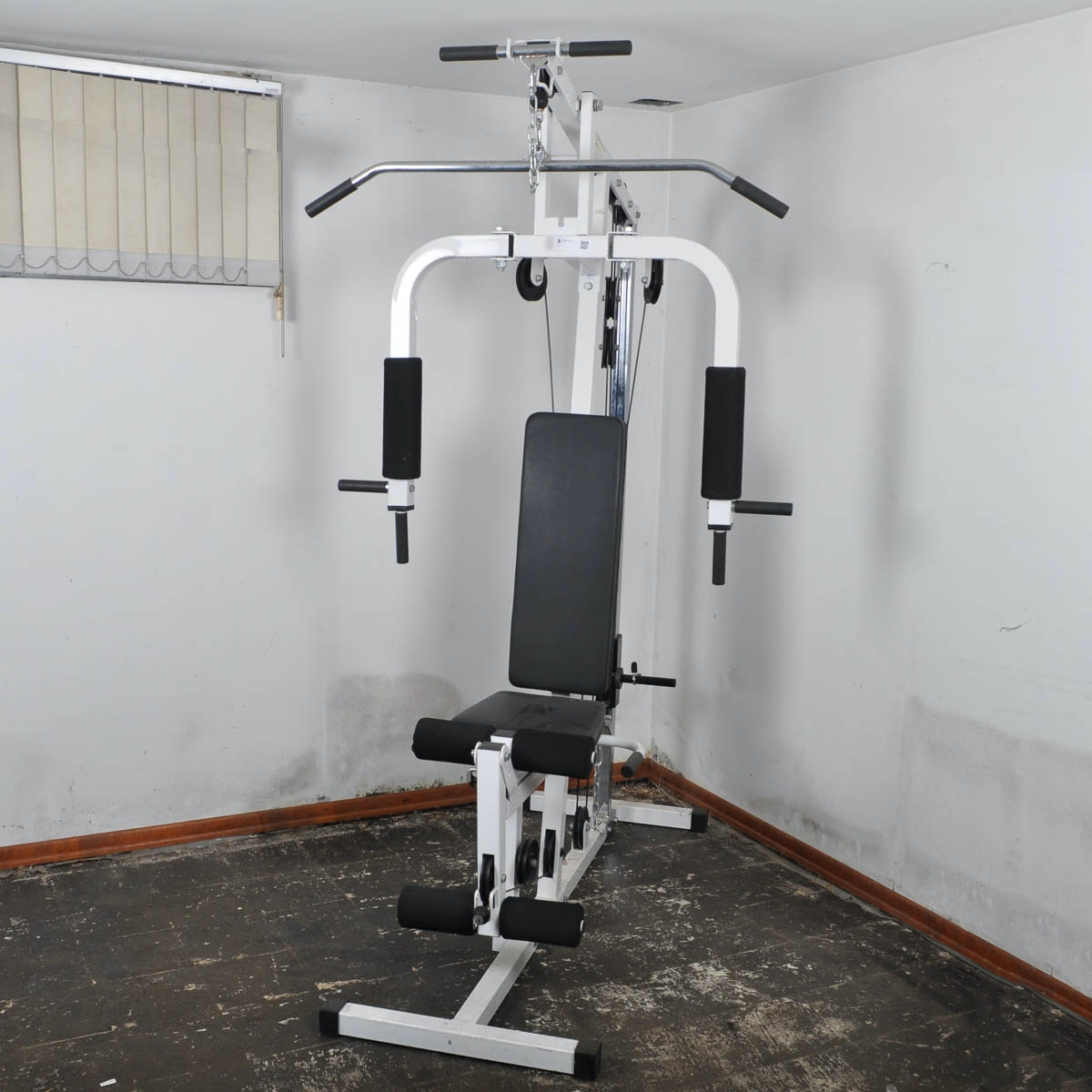 Universal Gym Work Out Equipment