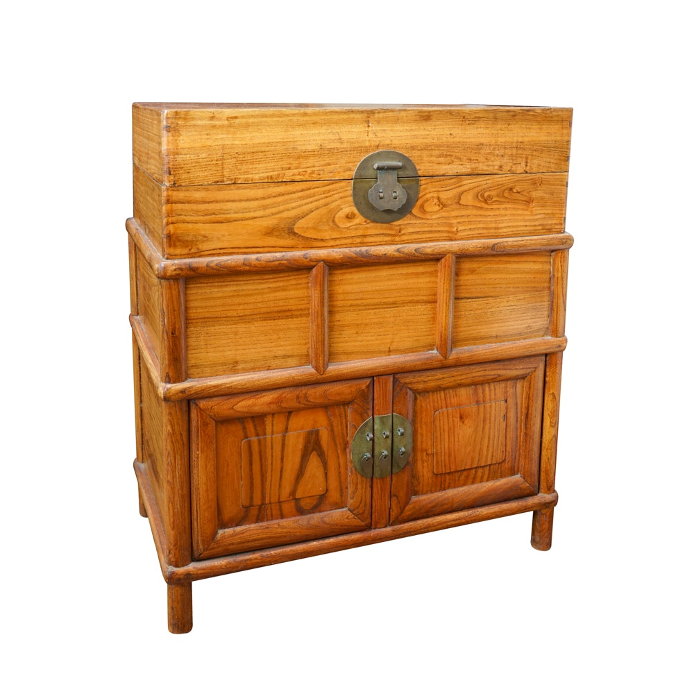 Vintage Chinese Blanket Style Chest in Elm
