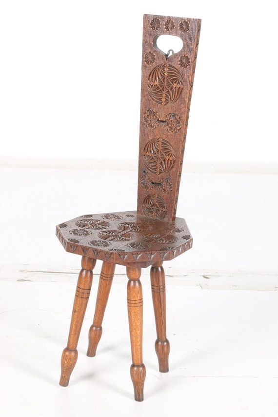 Western European Influenced Carved Oak Hall Chair
