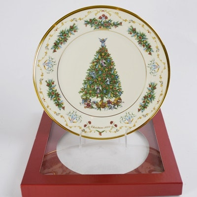 Lenox 2003 Canada Christmas Trees Around The World Collector Plates