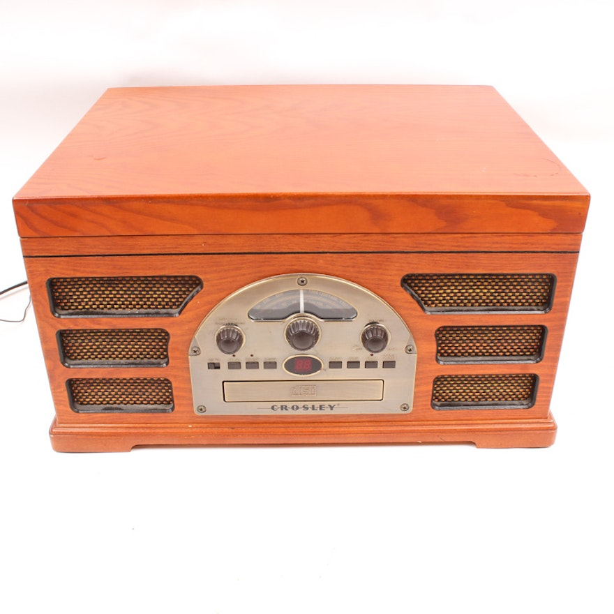 vintage style crosley wooden case record player cd player radio ebth. Black Bedroom Furniture Sets. Home Design Ideas