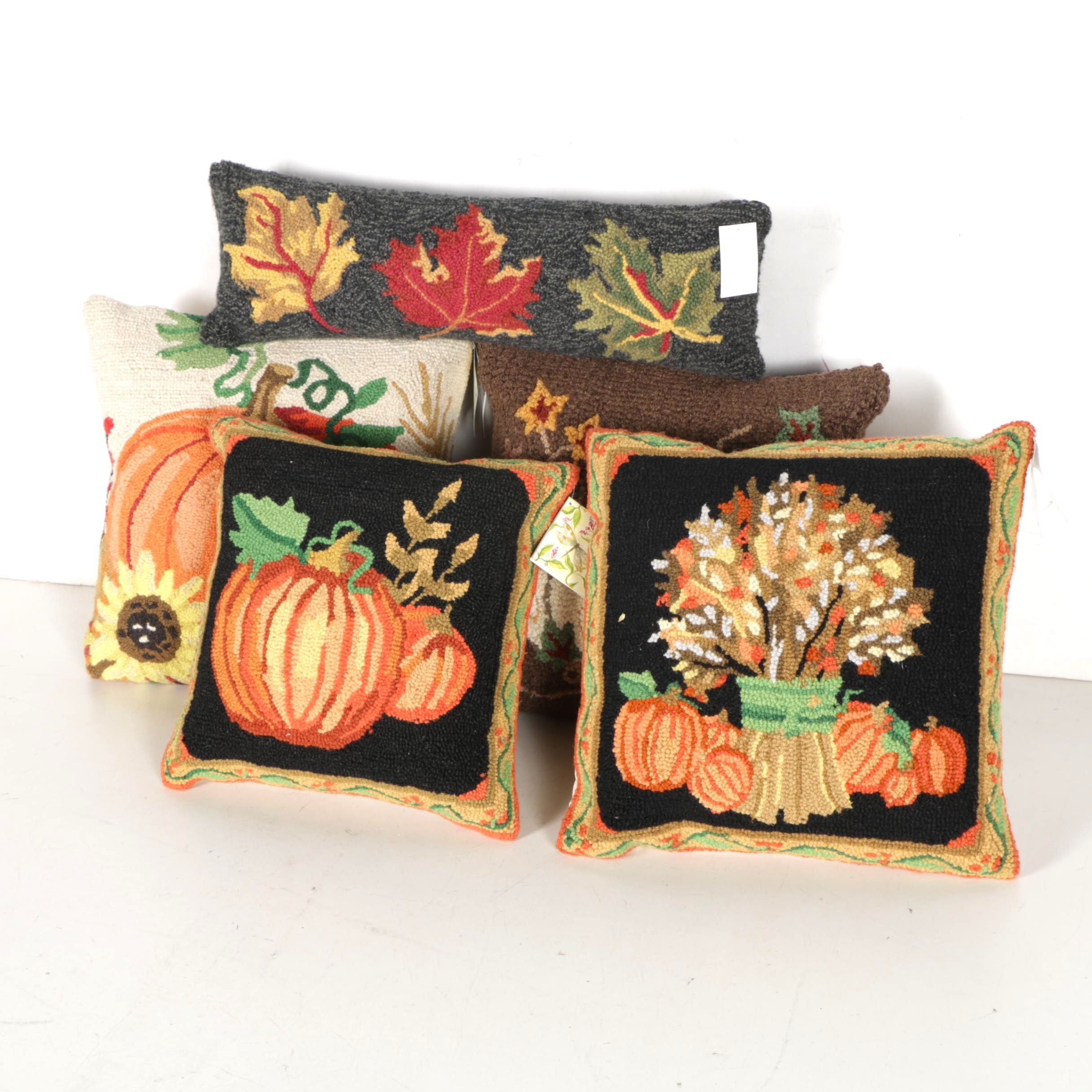 Assortment of Fall Themed Accent Pillows.