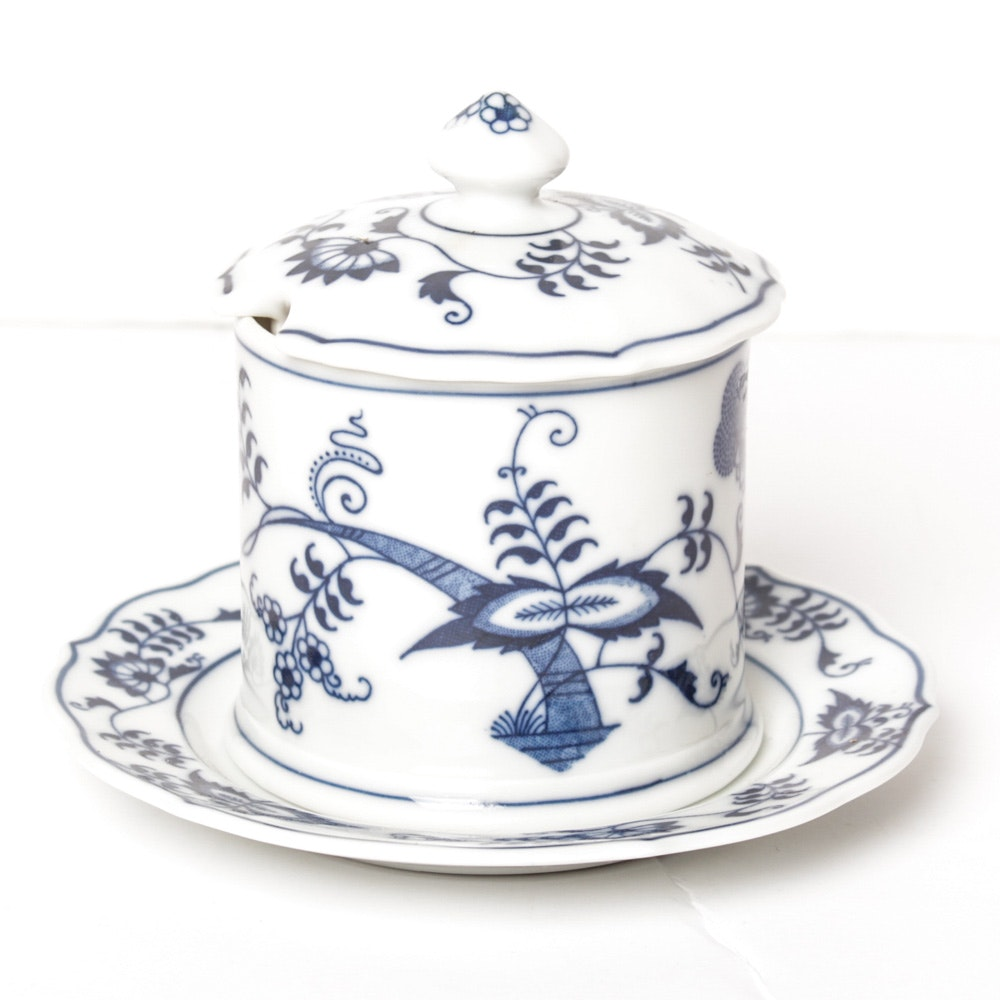 Blue Danube Honey Pot With Plate