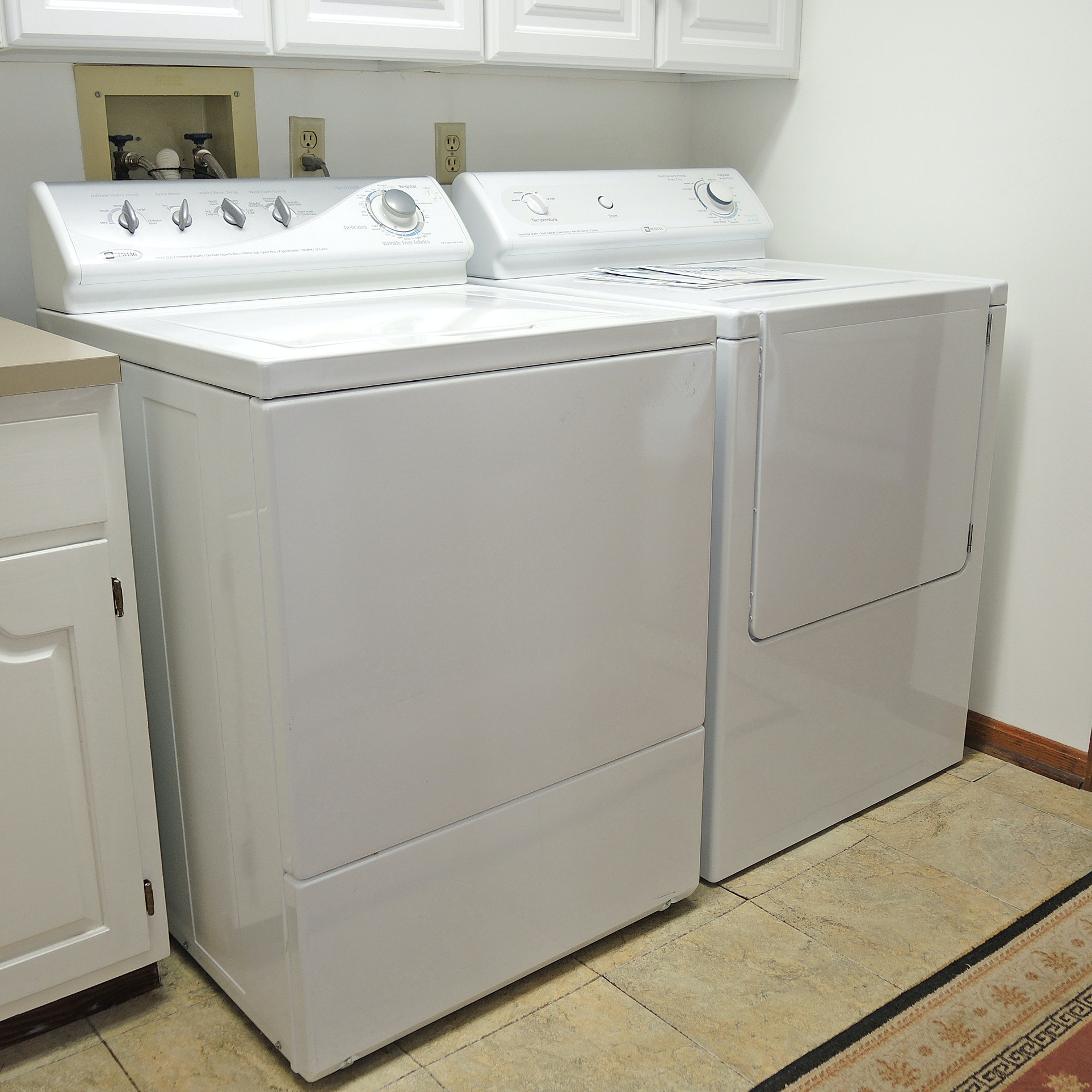 white maytag washer and dryer set